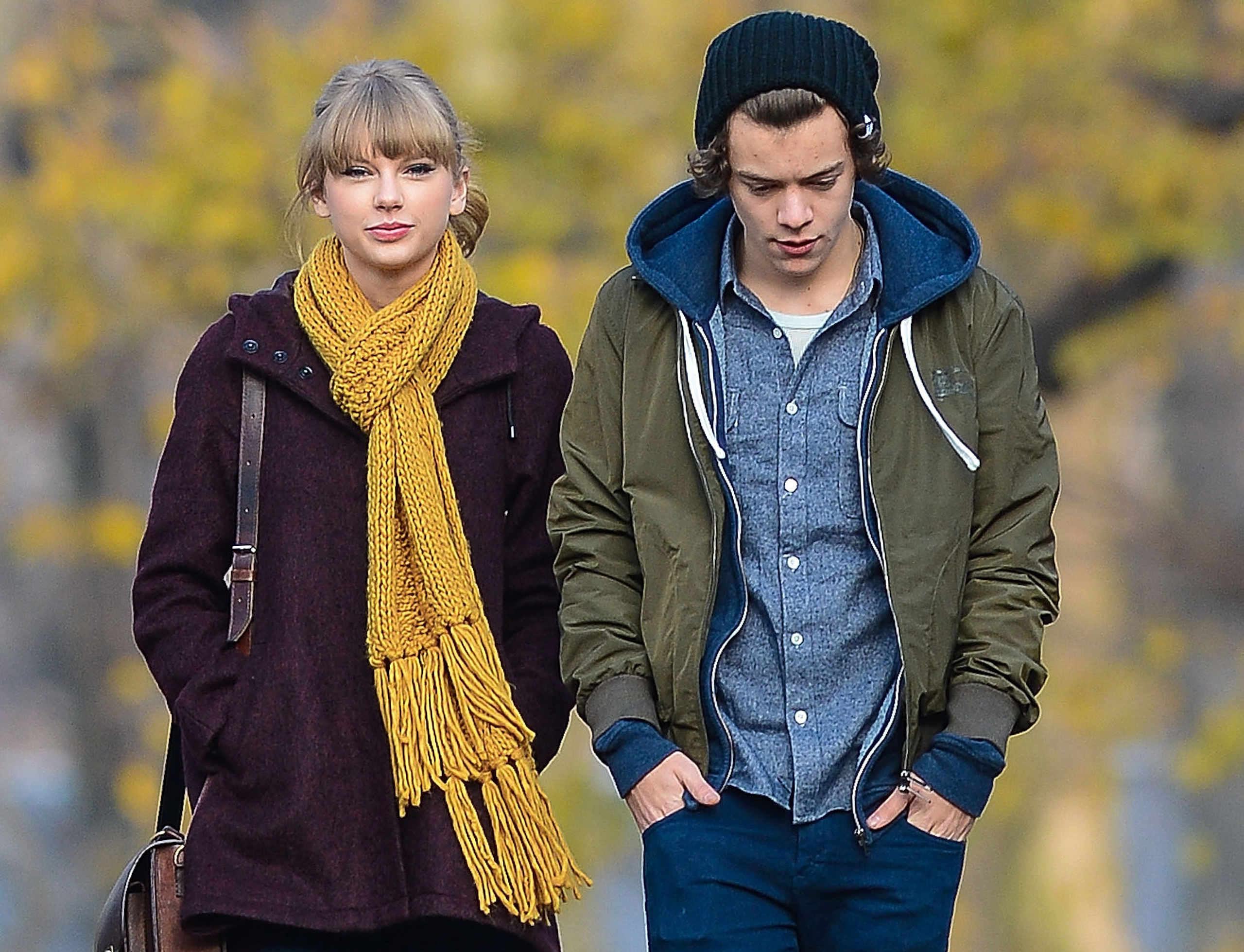 Taylor Swift and Harry Styles are seen walking around Central Park in New York on Dec.02, 2012.