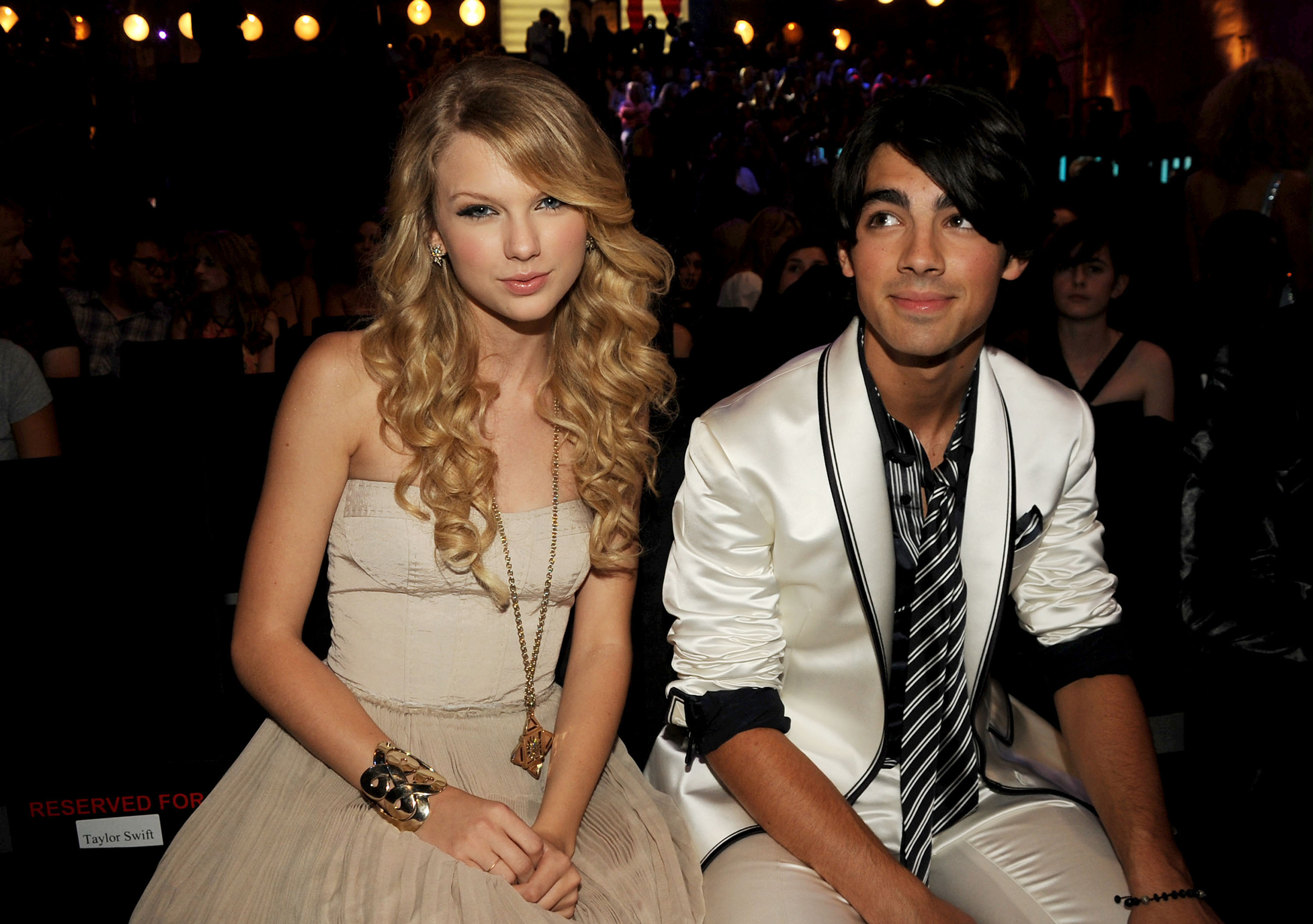 Singers Taylor Swift and Joe Jonas at the 2008 MTV Video Music Awards at Paramount Pictures Studios in Los Angeles on Sept. 7, 2008.