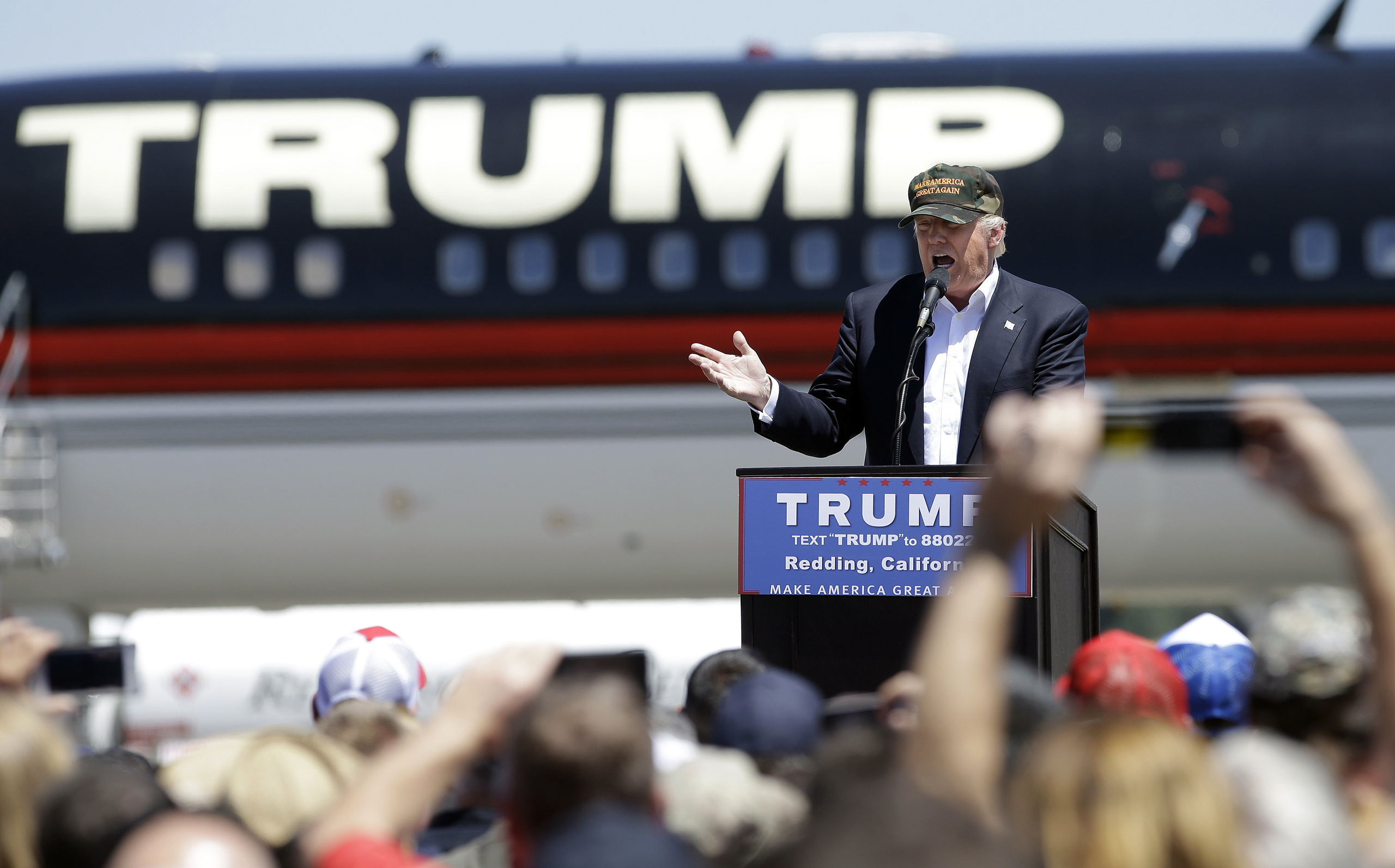 Republican presidential candidate Donald Trump speaks at a campaign rally at the Redding Municipal Airport in Redding, Calif., June 3, 2016.