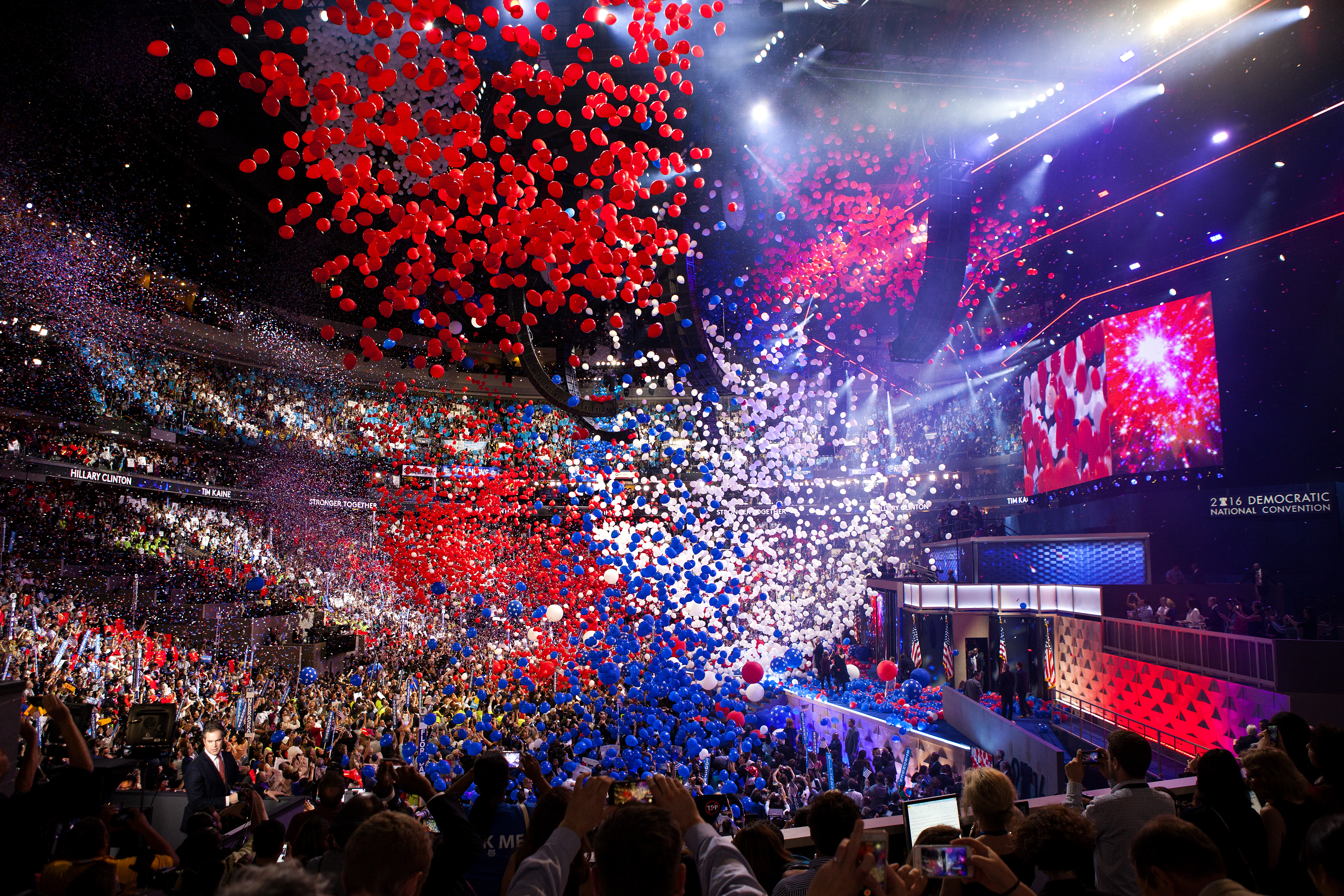 Balloons drop at the conclusion of the Democratic National Convention in Philadelphia on July 28, 2016.