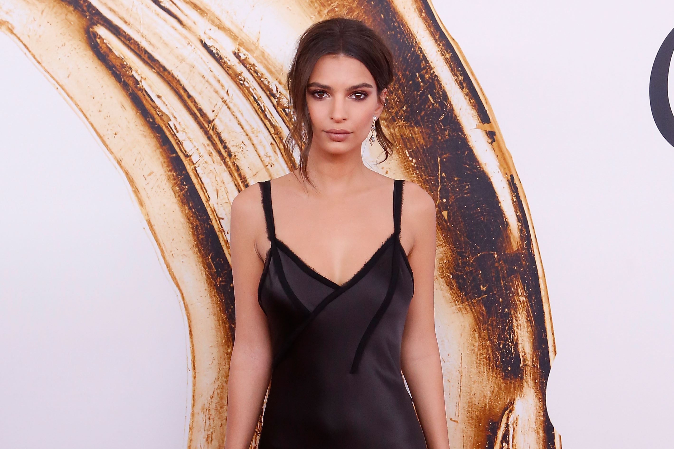 Model Emily Ratajkowski attends the 2016 CFDA Fashion Awards at the Hammerstein Ballroom on June 6, 2016 in New York City.