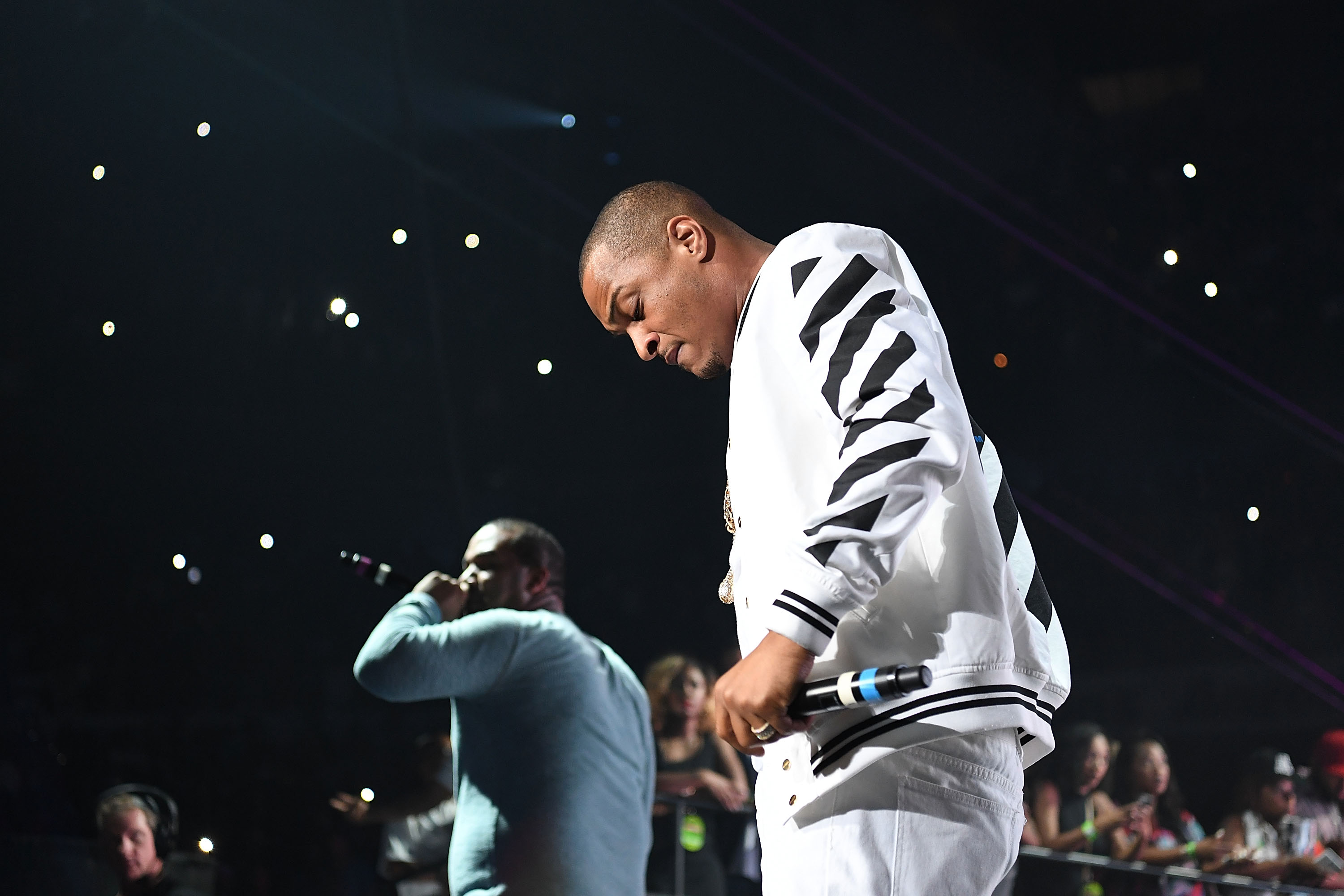 Rapper T.I. performs onstage at Hot 107.9 Birthday Bash at Philips Arena on June 18, 2016 in Atlanta, Georgia.