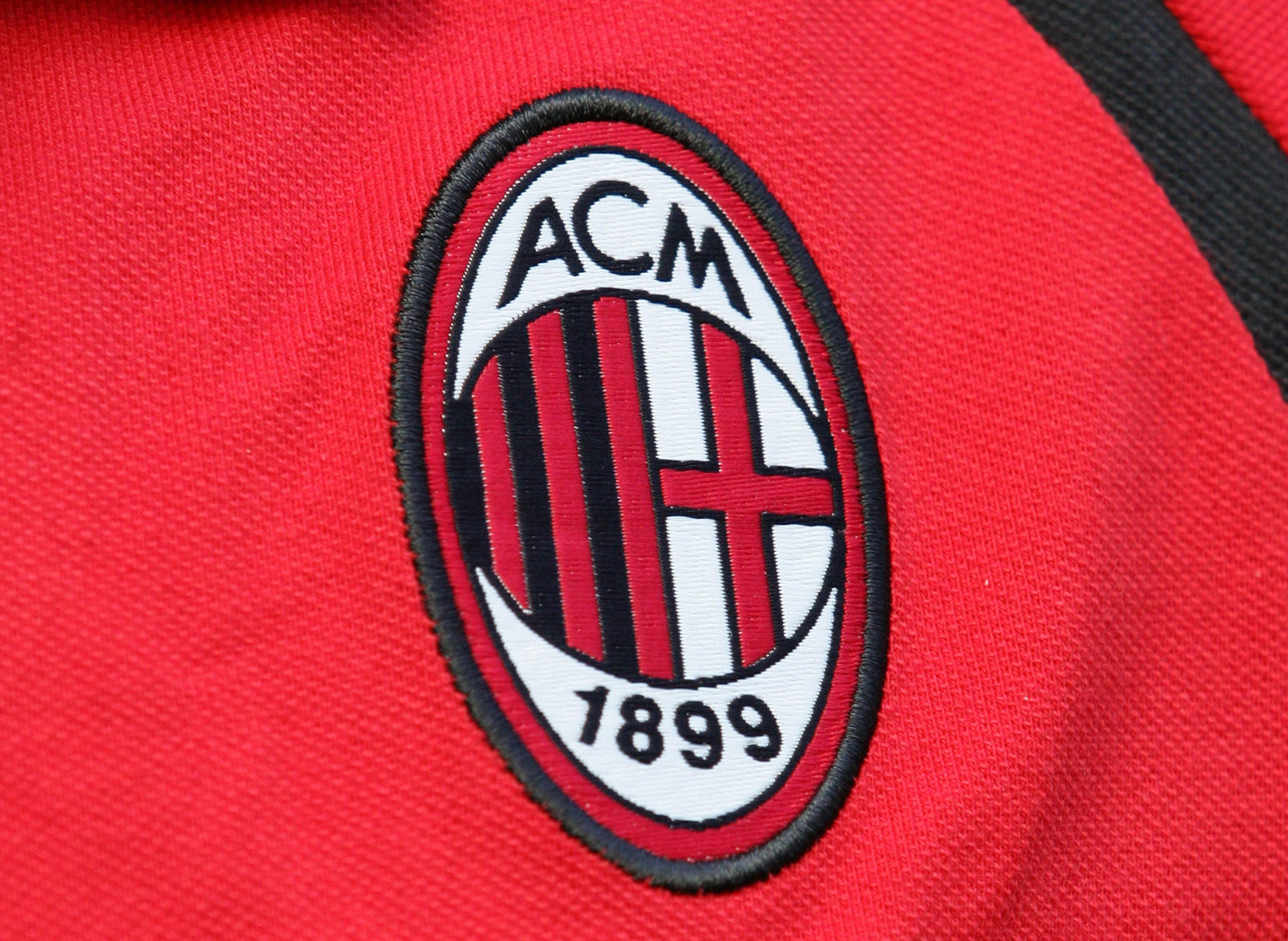 Picture taken 10 September 2006 in Milan shows the AC Milan logo before their Serie A football match AC Milan vs Lazio.