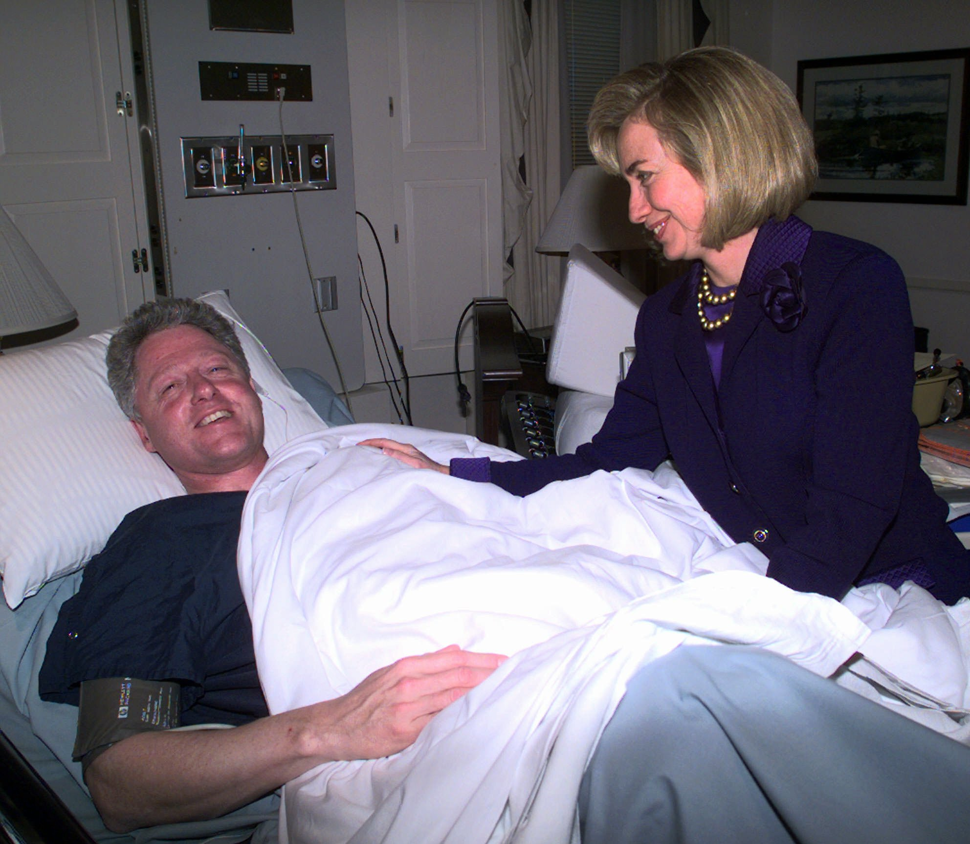 First Lady Hillary Rodham Clinton visits President Bill Clinton on March 14, 1997 at Bethesda Medical Center in Bethesda, Md. after he underwent surgery on his knee.