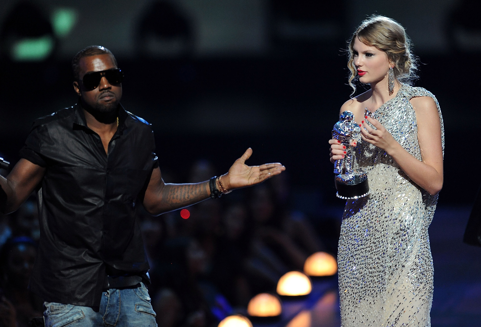 Taylor Swift Kanye West Feud From The Vmas To Famous Time