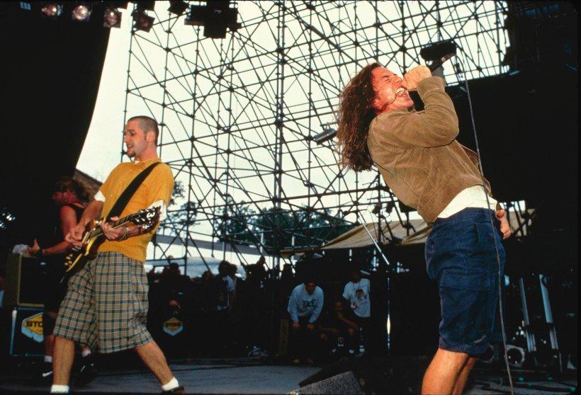 Pearl Jam perform on Aug. 1, 1992.