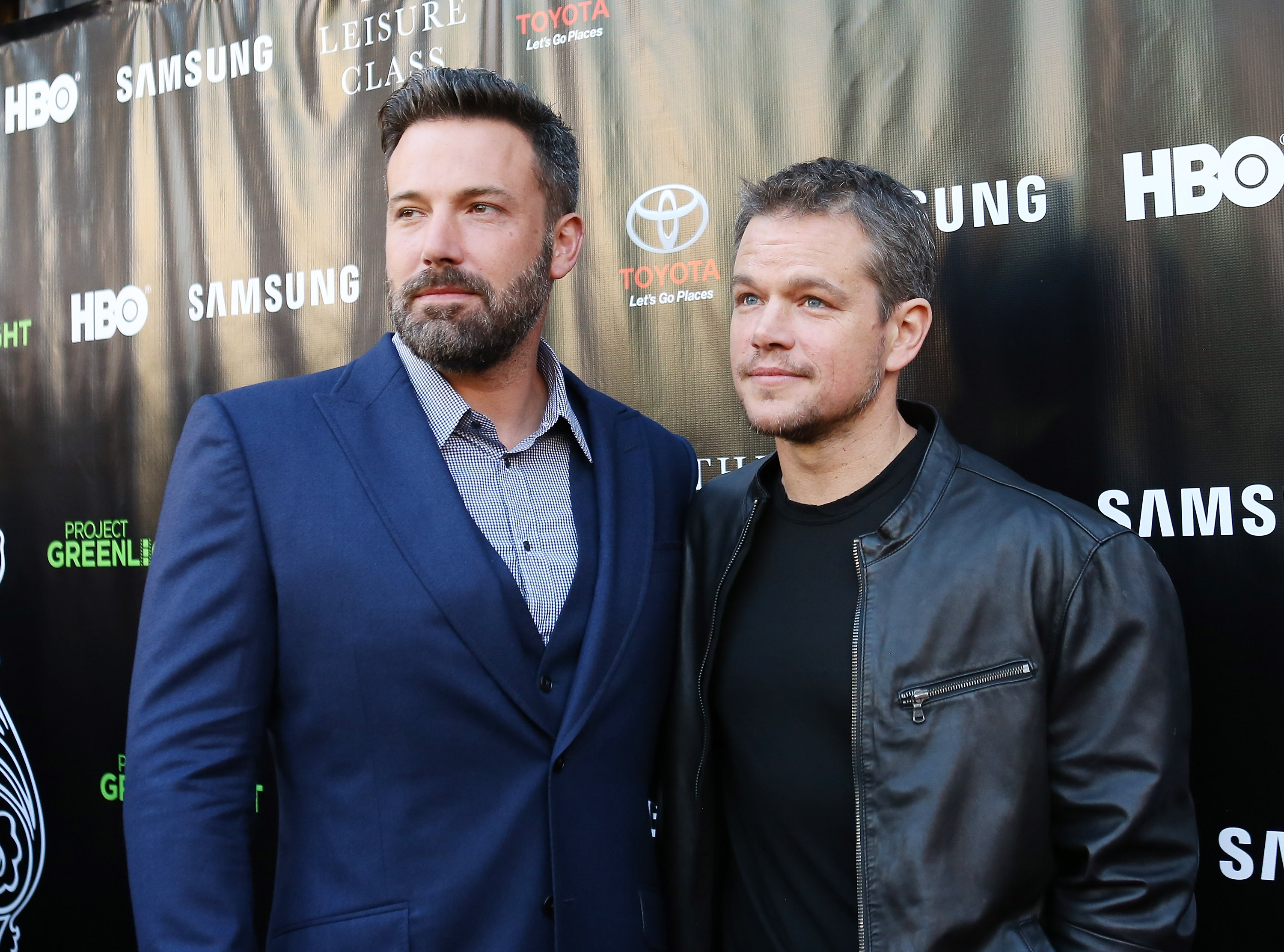 LOS ANGELES, CA - AUGUST 10:  Ben Affleck (L) and Matt Damon arrive at HBO presents The Project Greenlight season 4 winning film  The Leisure Class  held at The Theatre - The Ace Hotel on August 10, 2015 in Los Angeles, California.  (Photo by Michael Tran/FilmMagic)