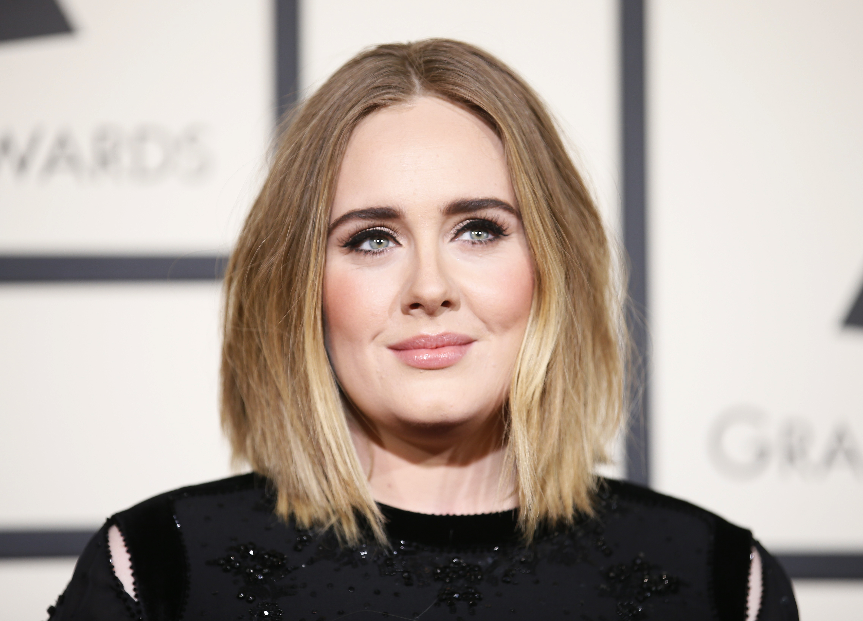 Singer Adele arrives at the 58th Grammy Awards in Los Angeles, California February 15, 2016.