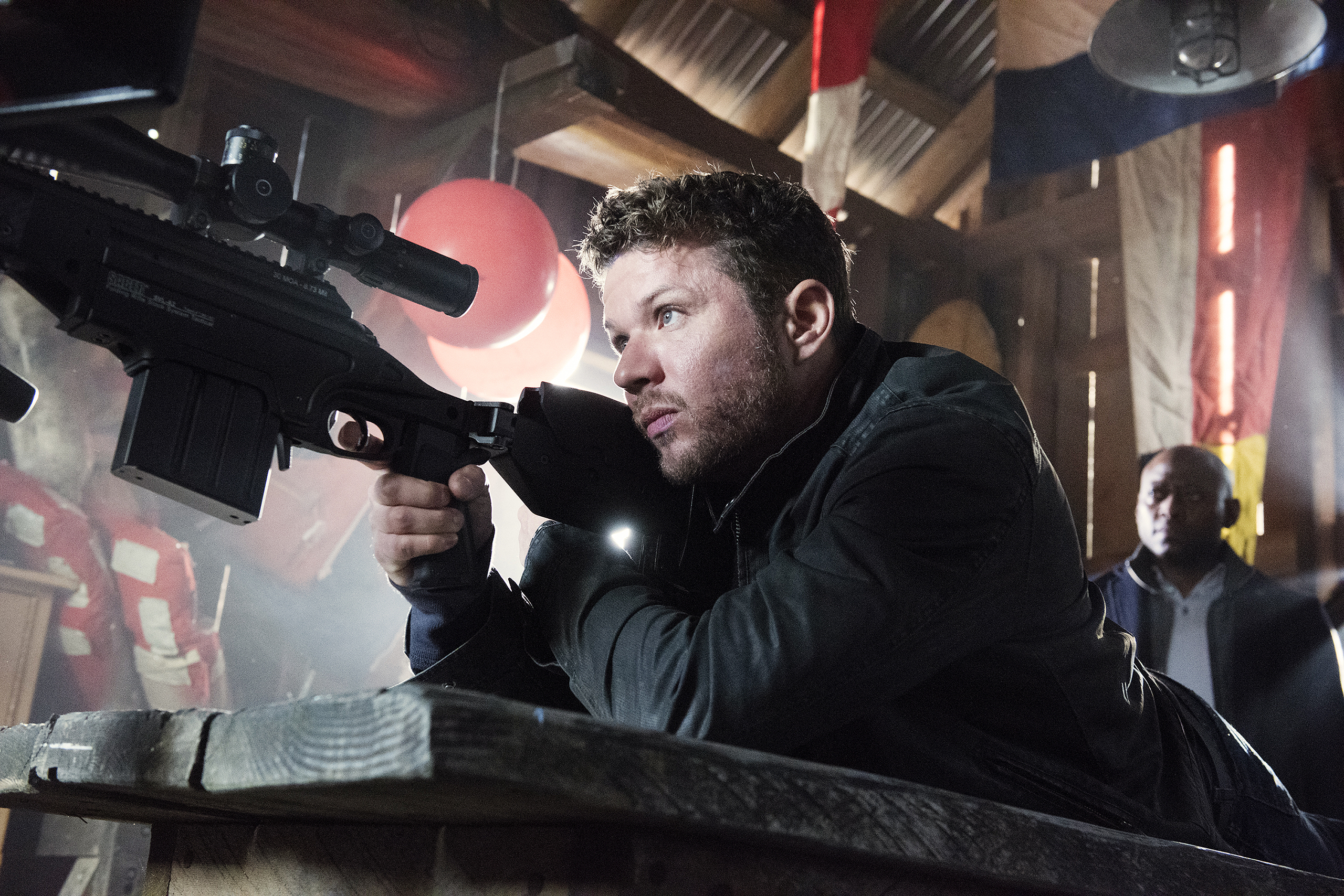 Ryan Phillippe as Bob Lee Swagger in the pilot episode of Shooter.