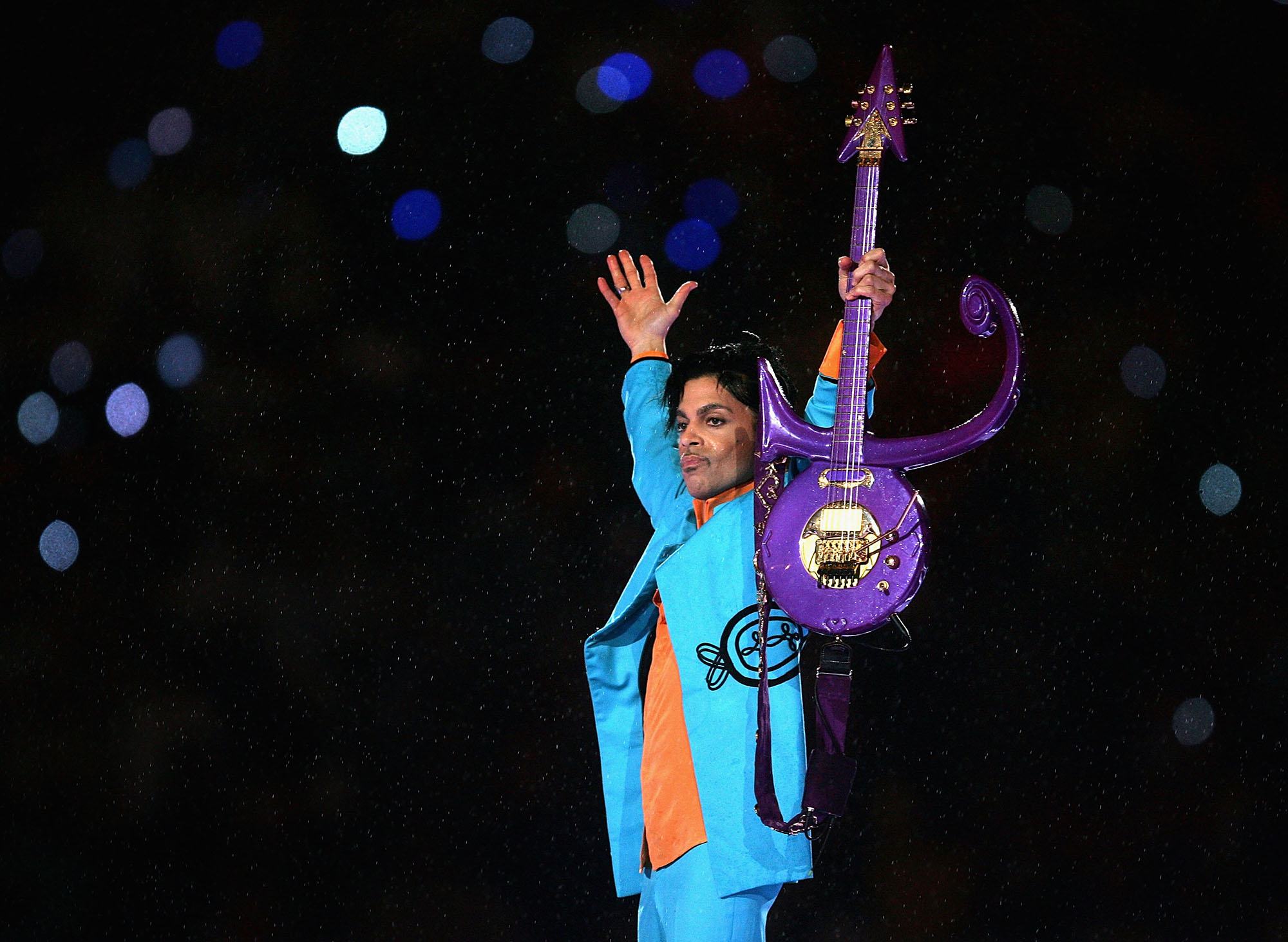 Prince performs during the  Pepsi Halftime Show  at Super Bowl XLI between the Indianapolis Colts and the Chicago Bears on February 4, 2007 at Dolphin Stadium in Miami Gardens, Florida.  (Photo by Jonathan Daniel/Getty Images)