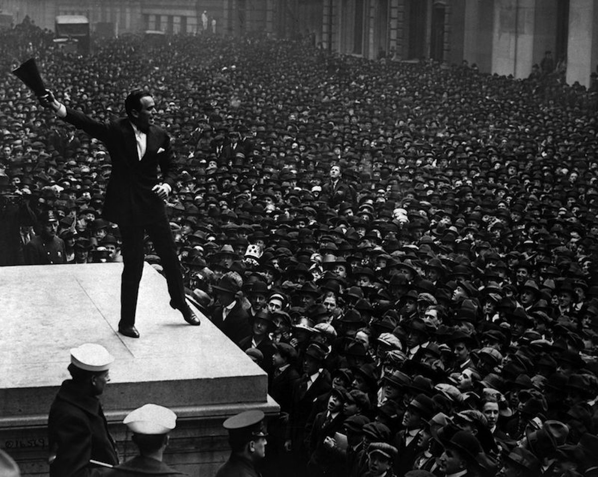 Douglas Fairbanks rallies the crowd at the Third Liberty Loan rally for funds in 1918