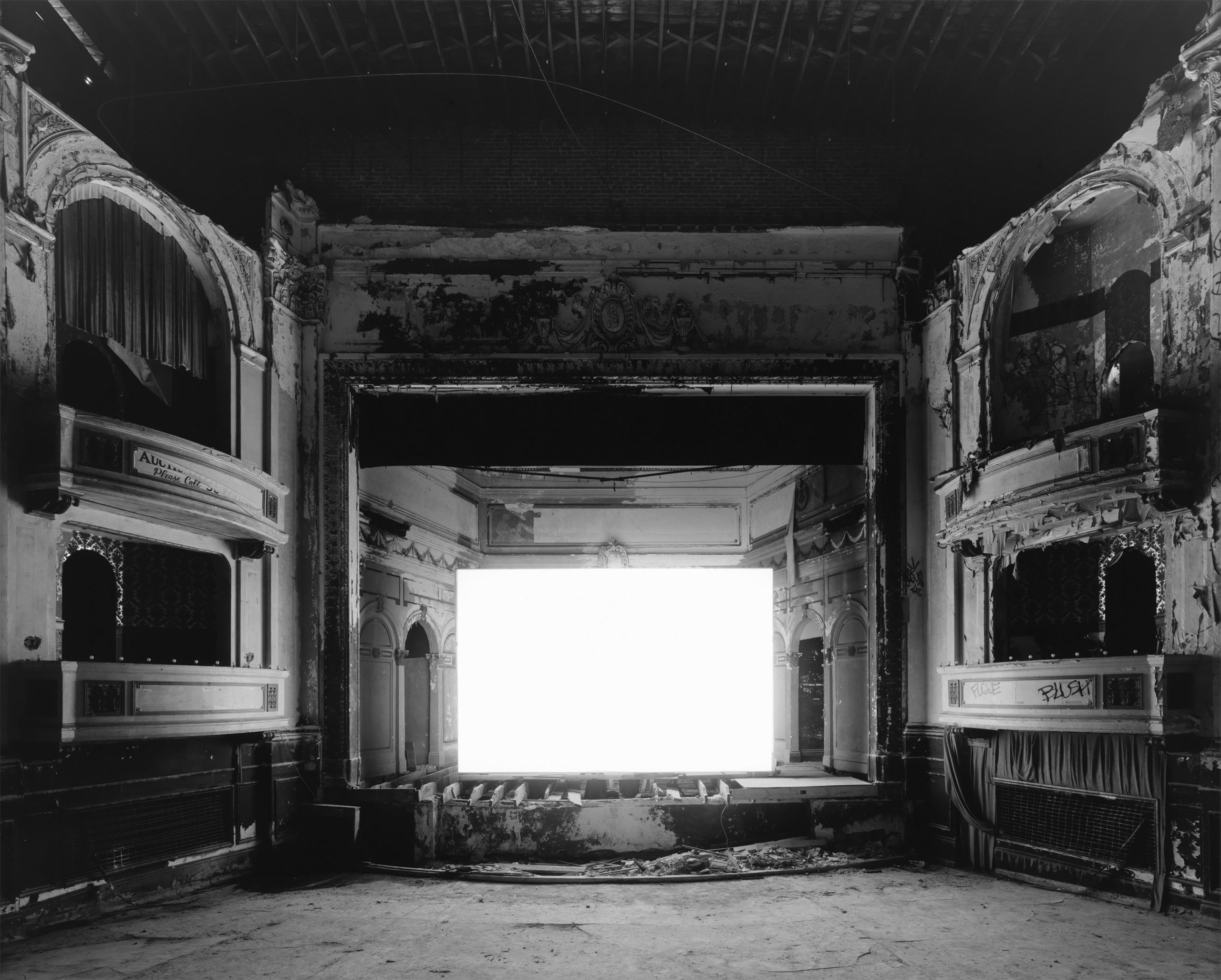 Everett Square Theater, Boston, 2015
