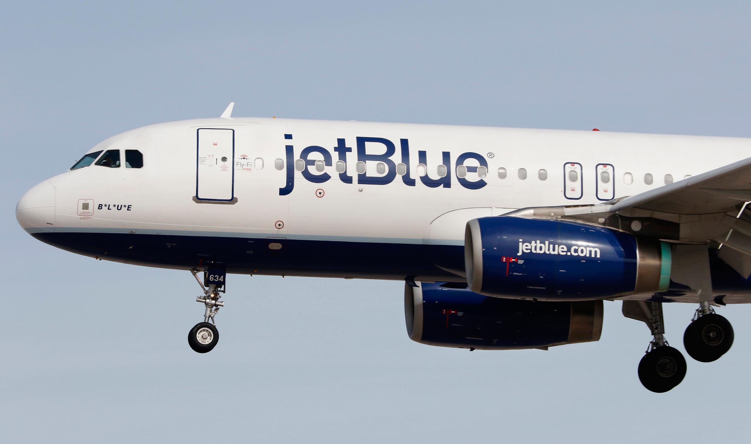 An Airbus A320 jetliner, belonging to JetBlue Airways, lands at McCarran International Airport in Las Vegas on Mar. 2, 2016.
