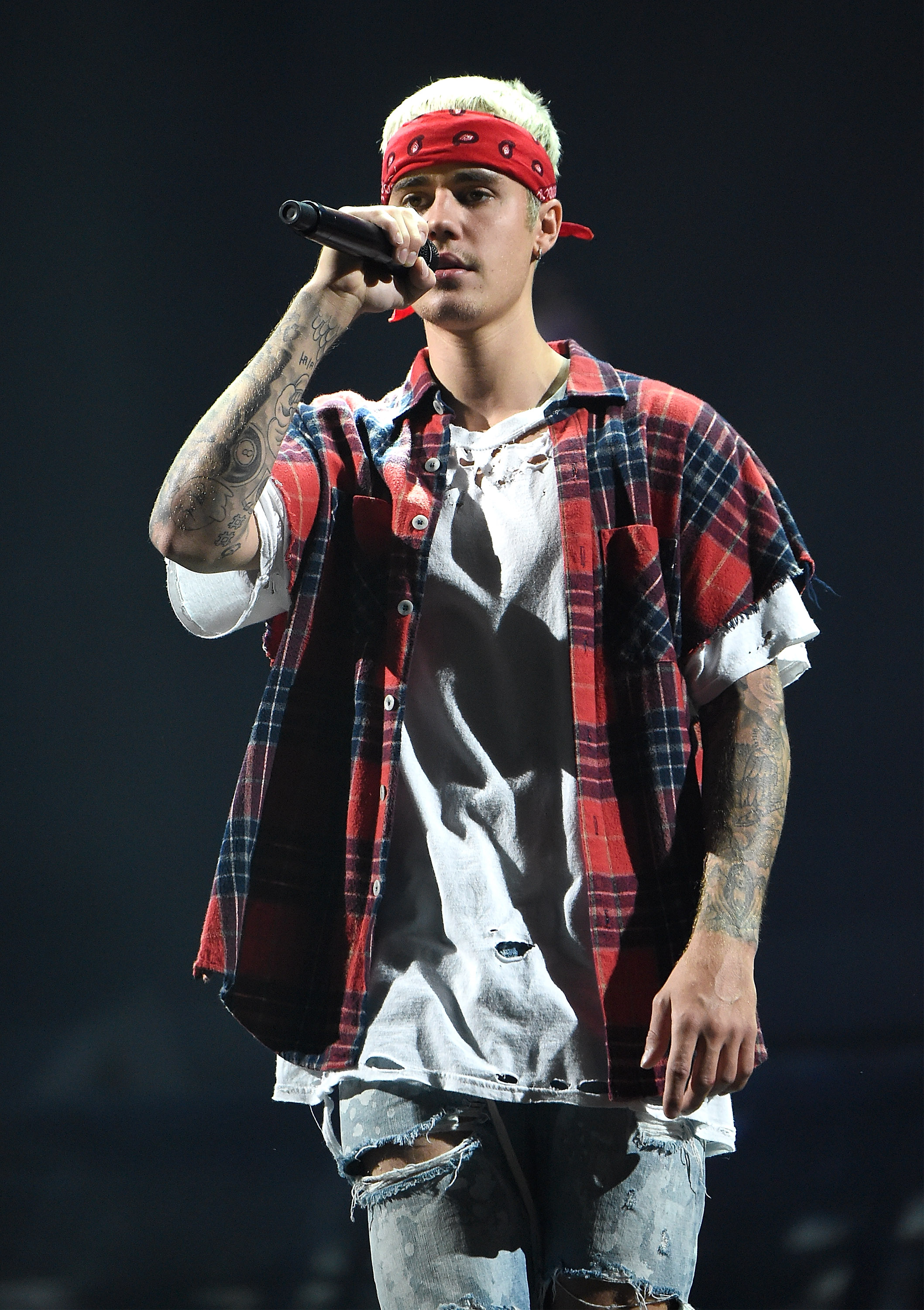 NEW YORK, NY - JULY 19:  Justin Bieber performs on stage during his  Purpose  tour at Madison Square Garden on July 19, 2016 in New York City.  (Photo by Kevin Mazur/Getty Images)