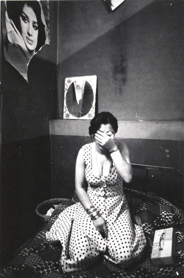 Kaveh Golestan, Untitled (Prostitute series, 1975-77), courtesy Kaveh Golestan Estate.