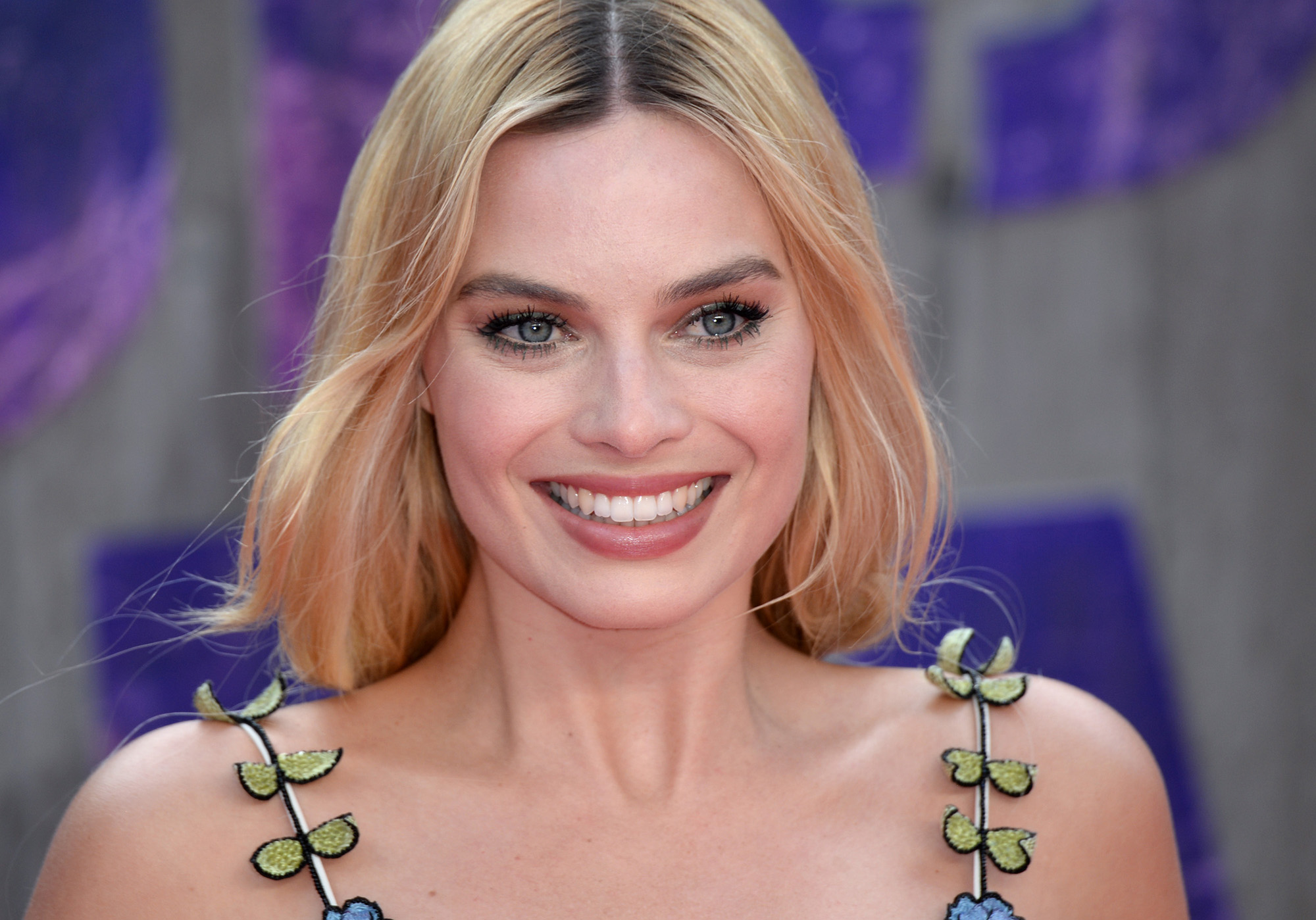 Margot Robbie attends the European Premiere of  Suicide Squad  at Odeon Leicester Square on August 3, 2016 in London, England.  (Photo by Anthony Harvey/Getty Images)