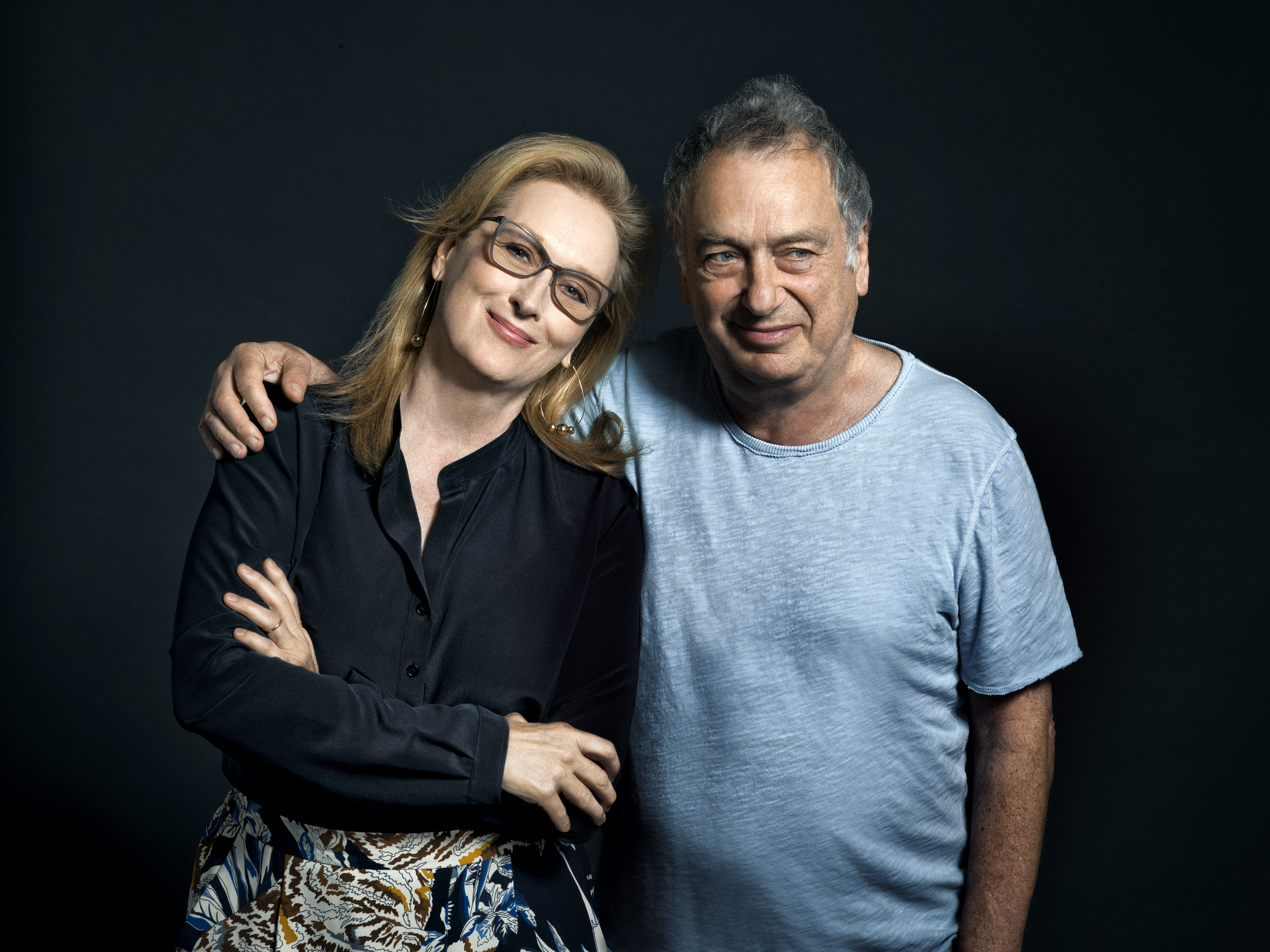 He's such a good reader of the scene. It's something precious,  says Streep of Frears