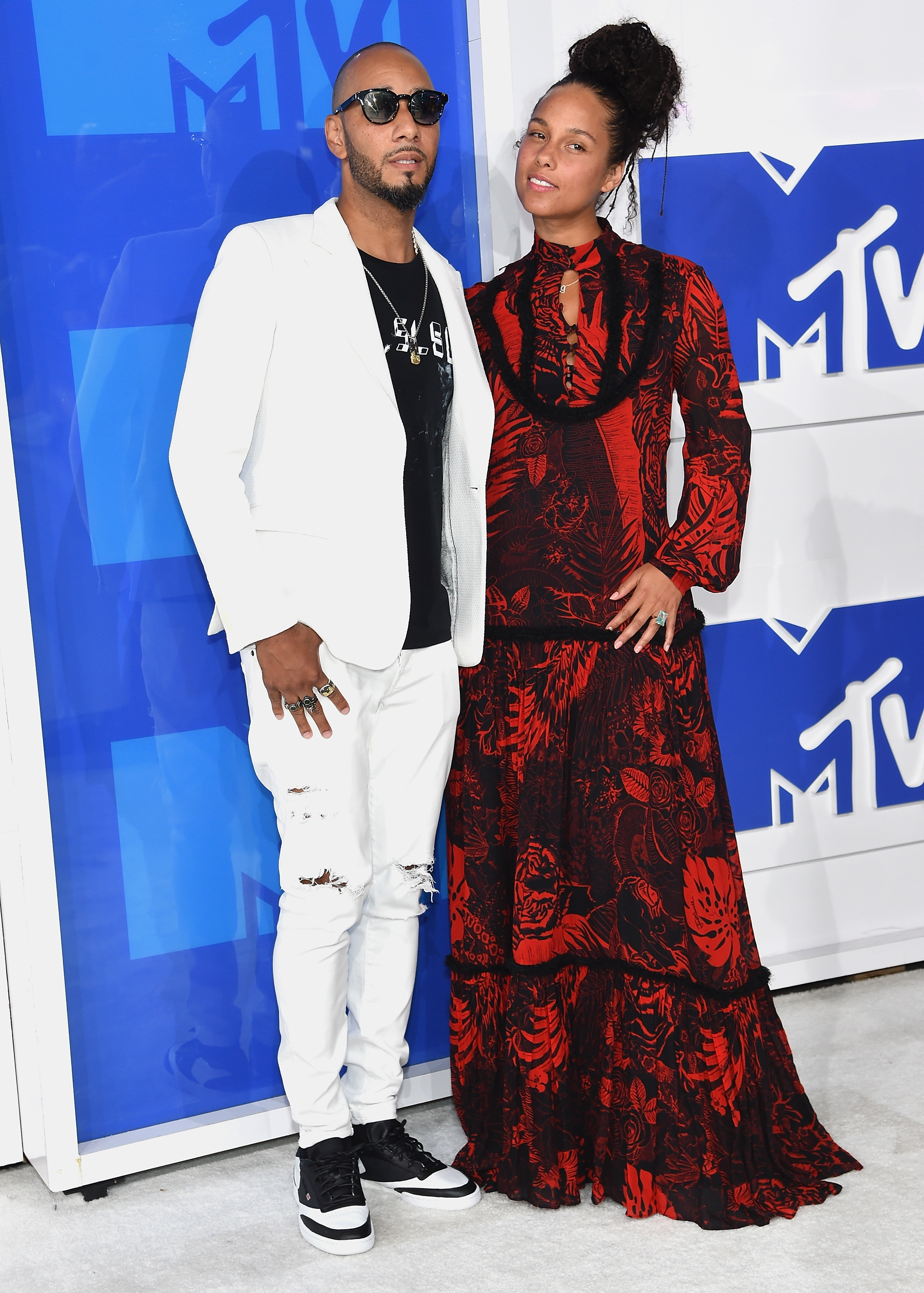 Swizz Beatz and Alicia Keys attend the 2016 MTV Video Music Awards at Madison Square Garden on Aug. 28, 2016 in New York City.