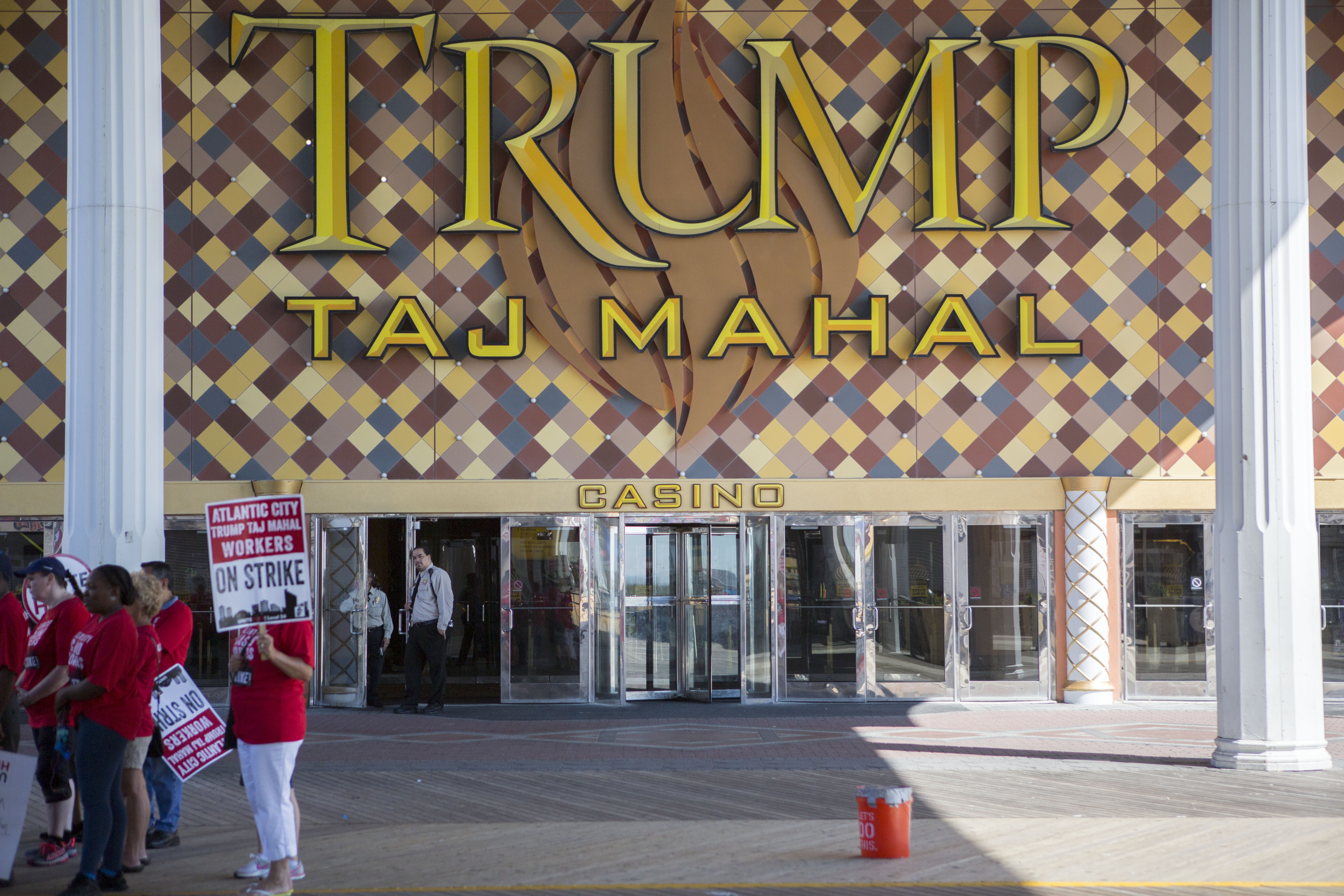 Unite Here local 54 casino worker's union members protest outside Trump Taj Mahal casino on July 6, 2016 in Atlantic City, New Jersey.