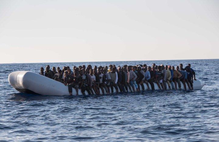 wrefugees-lynsey-addario-refugees
