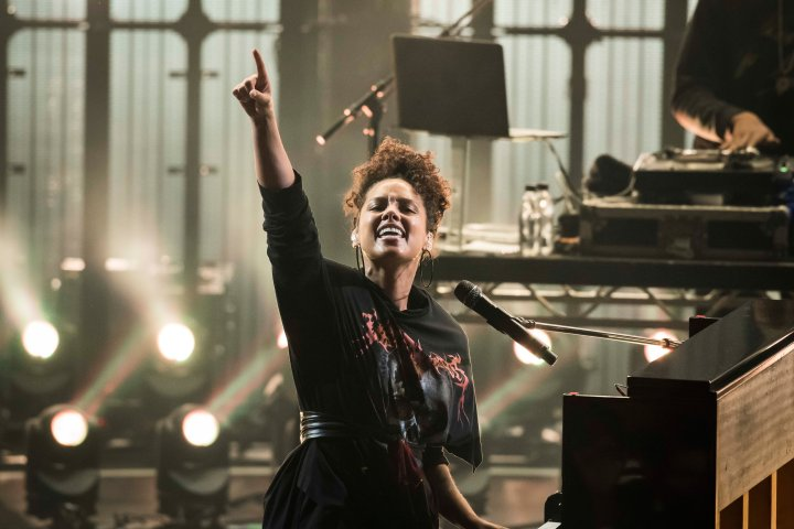 Apple Music Festival 10 - London. Alicia Keys performs live on stage as part of the Apple Music Festival 2016 at the Roundhouse, north London. Picture date: Tuesday September 20, 2016. Photo credit should read: David Jensen/PA Wire URN:28704729