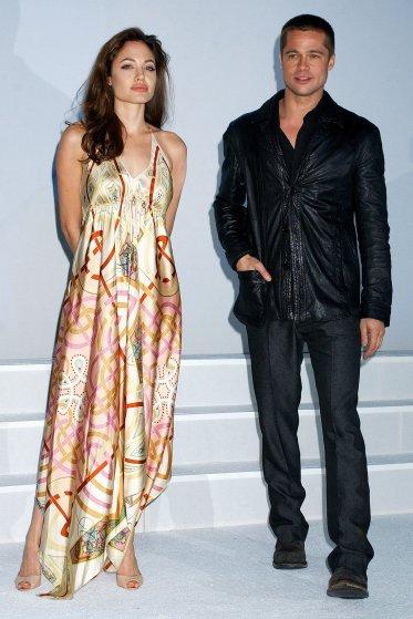 Angelina Jolie and Brad Pitt in Las Vegas, 2005.