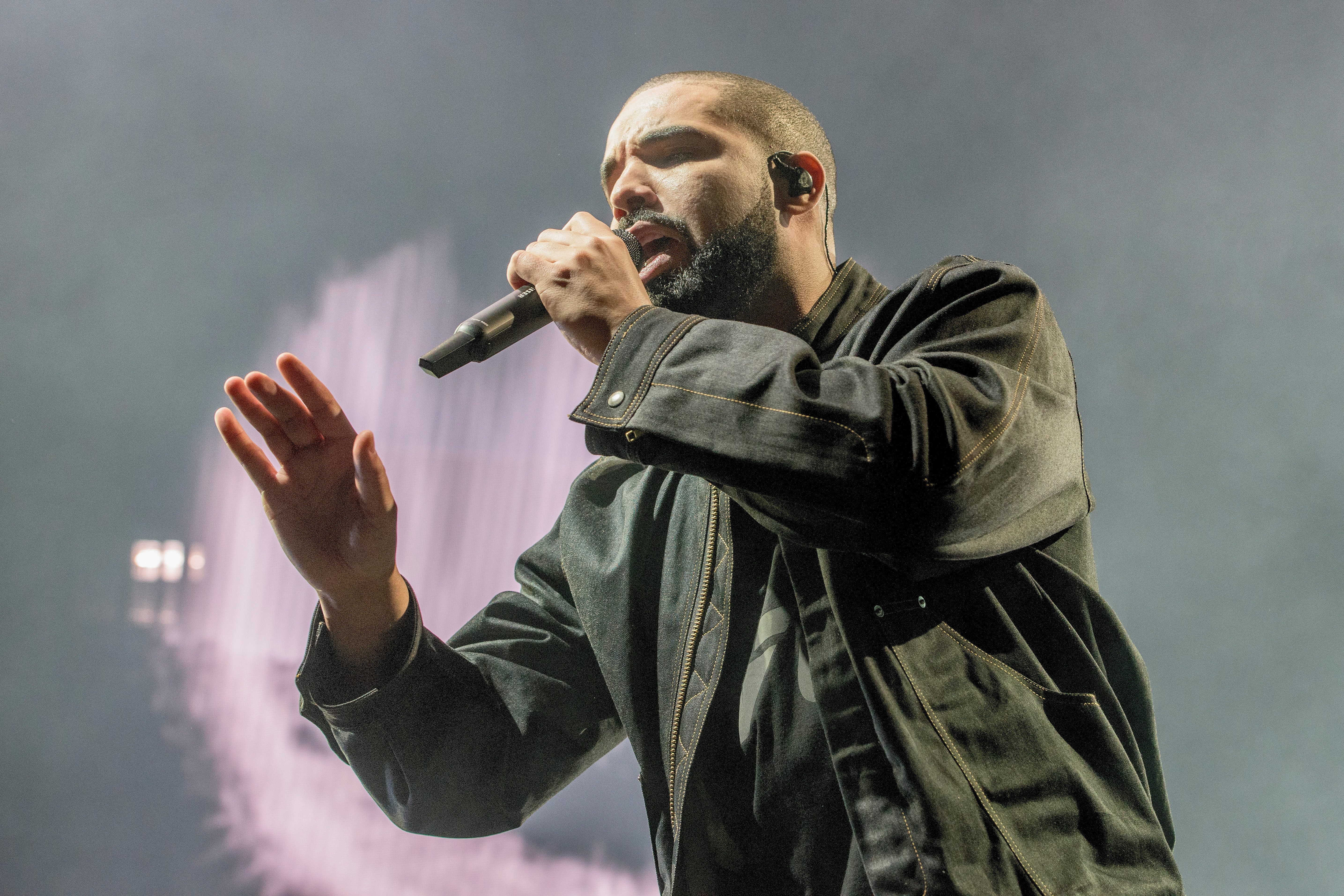 Drake at Smoothie King Center on September 2, 2016 in New Orleans, Louisiana.