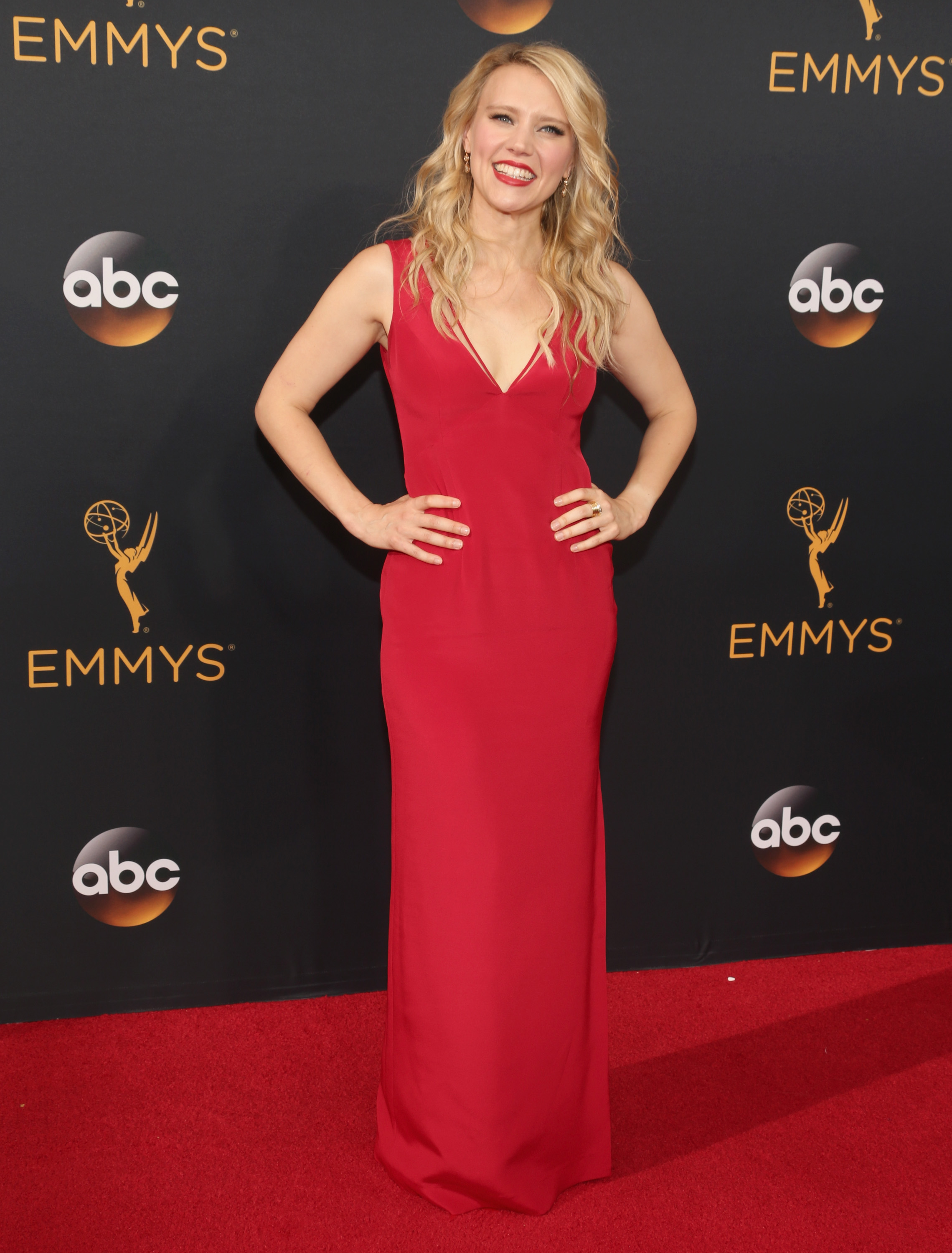 Kate McKinnon arrives at the 68th Annual Primetime Emmy Awards at Microsoft Theater on Sept. 18, 2016 in Los Angeles.