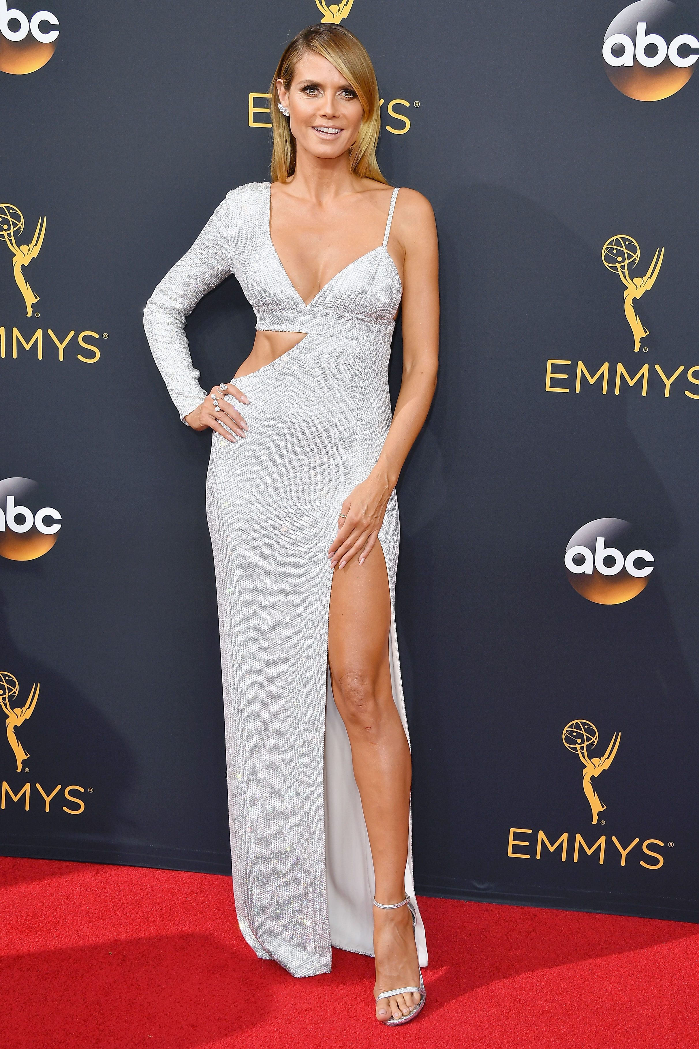 Heidi Klum arrives at the 68th Annual Primetime Emmy Awards at Microsoft Theater on Sept. 18, 2016 in Los Angeles.