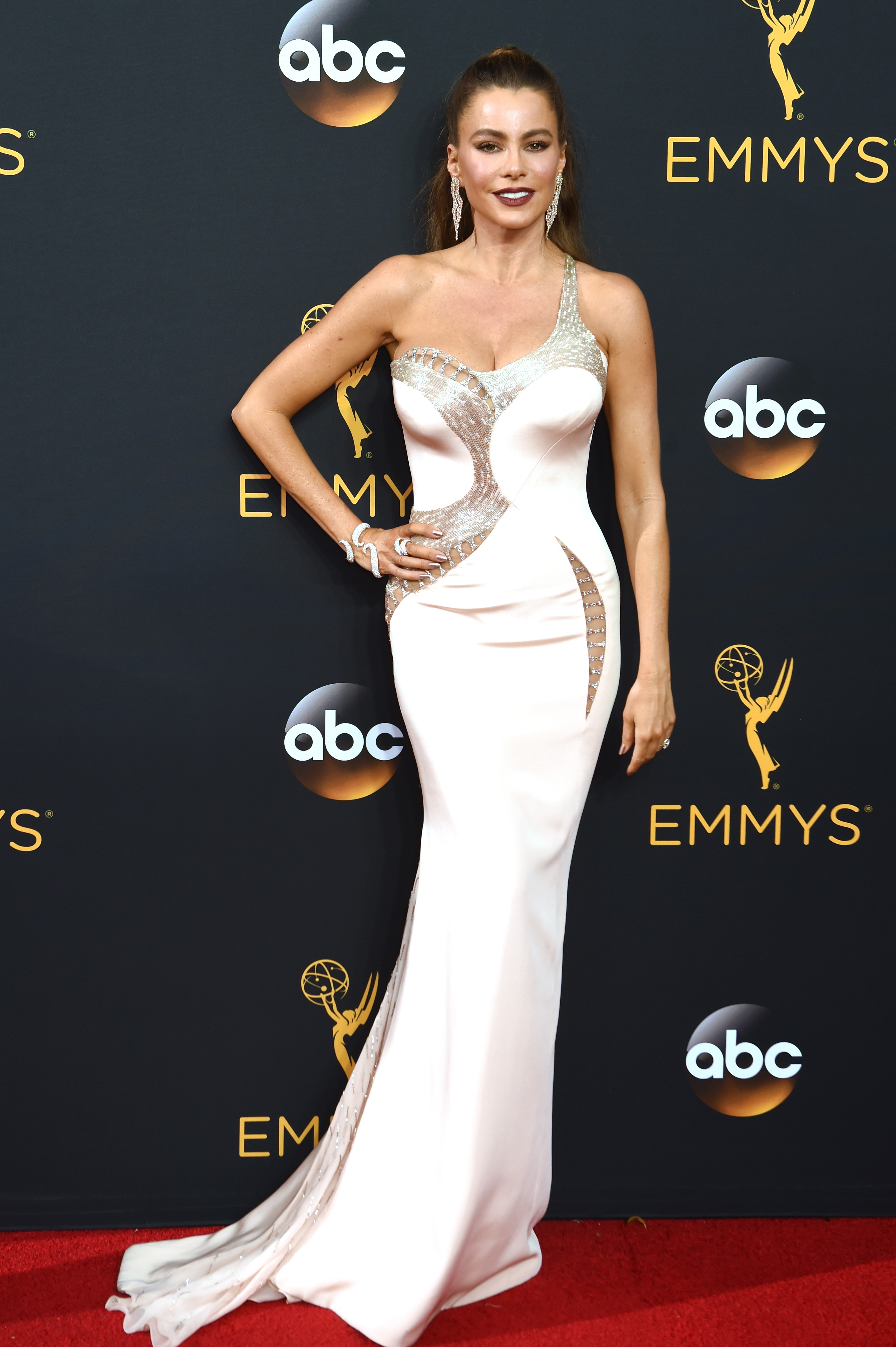 Sofia Vergara arrives at the 68th Annual Primetime Emmy Awards at Microsoft Theater on Sept. 18, 2016 in Los Angeles.