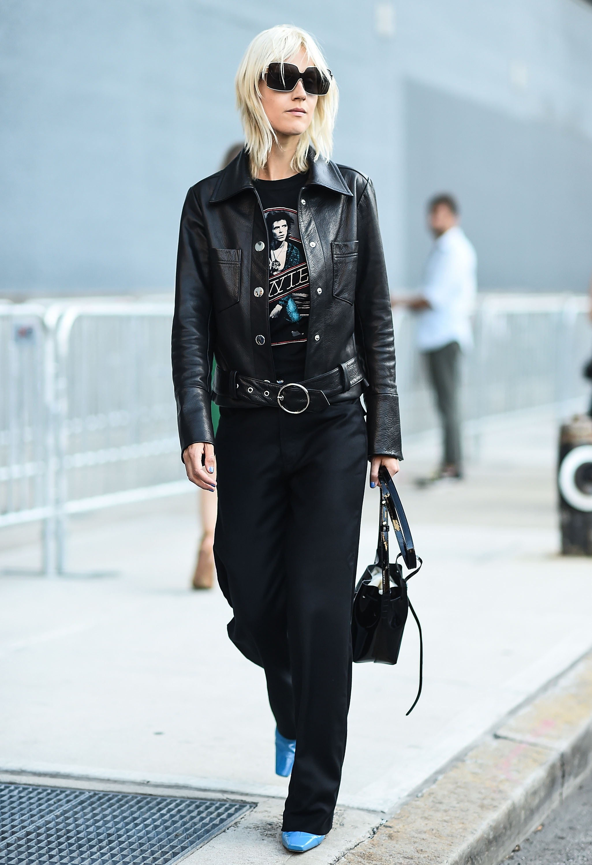 An edgy all-black look gave rocker vibes at the shows.