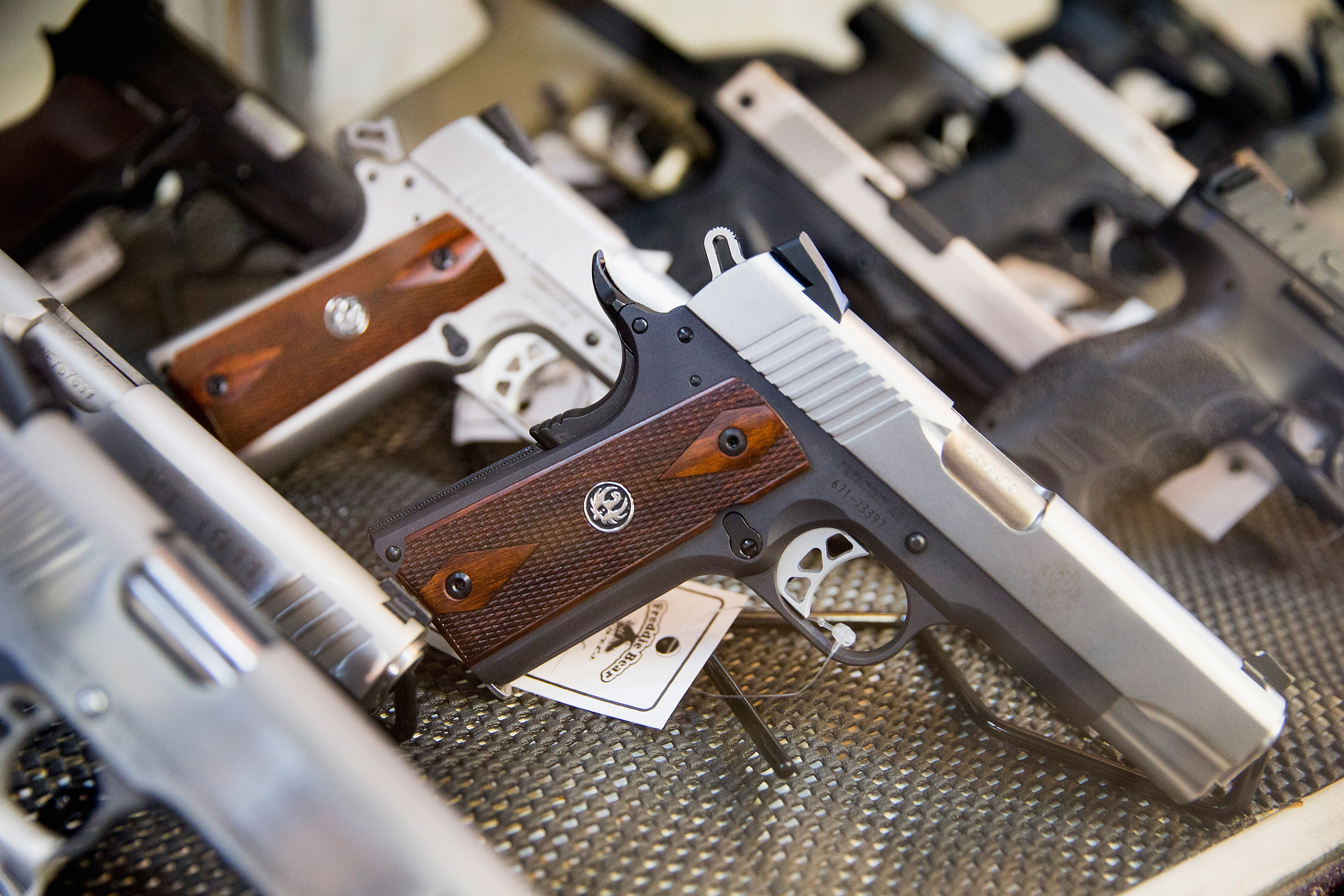 Handguns for sale in Illinois in 2015.