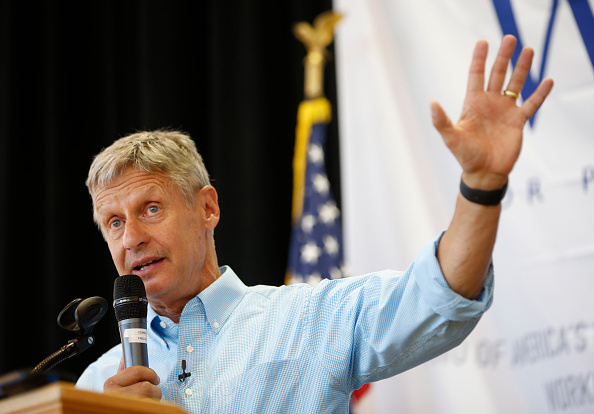 Libertarian presidential candidate Gary Johnson talks to a crowd of supporters at a rally on August 6, 2015 in Salt Lake City, Utah.