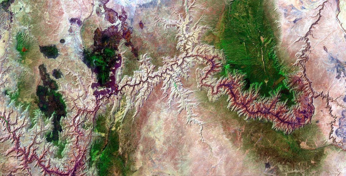 Grand Canyon, Arizona, USALandsat 7 captured this image of the 277-mile long canyon on June 19, 2002.
