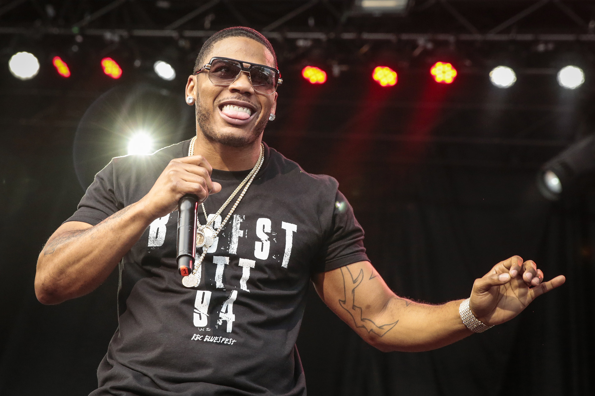 Nelly performs on Day 8 of the RBC Bluesfest on July 16, 2016 in Ottawa, Canada.  (Photo by Mark Horton/Getty Images)