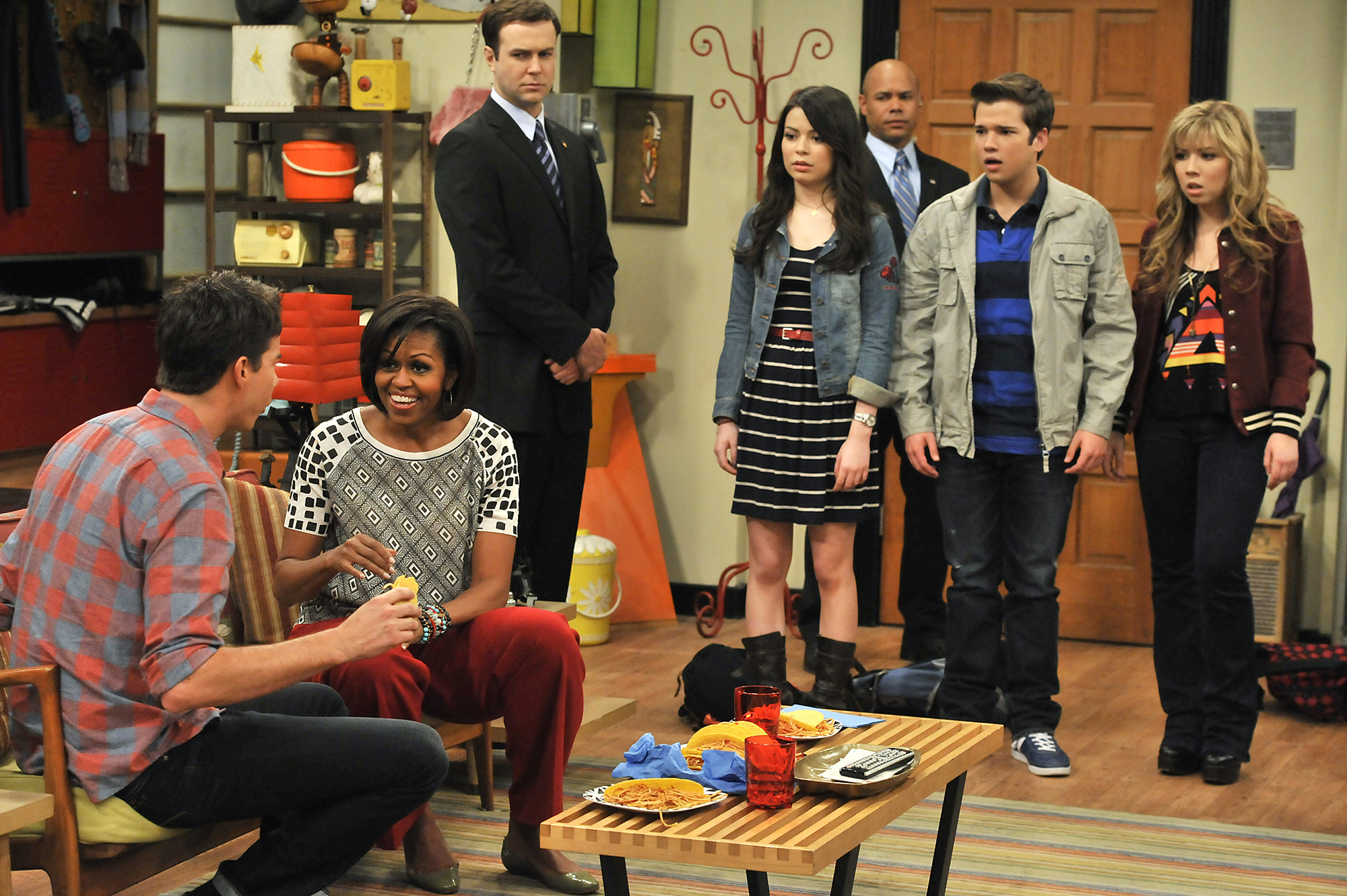 First lady Michelle Obama speaks to Jerry Trainor on iCarly, 2011.