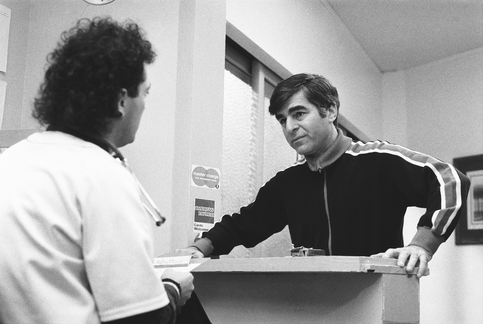 Howie Mandel and former presidential candidate Michael Dukakis on St. Elsewhere, 1985.