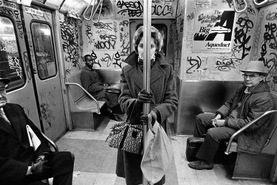 Meet the Unsung Street Photographer of 1980s New York