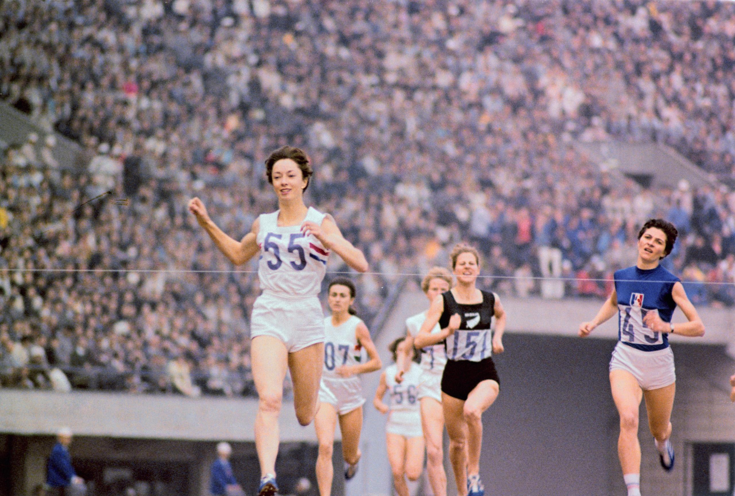 Ann Packer wins the 800-meter goald medal in Tokyo on Oc. 20, 1964.