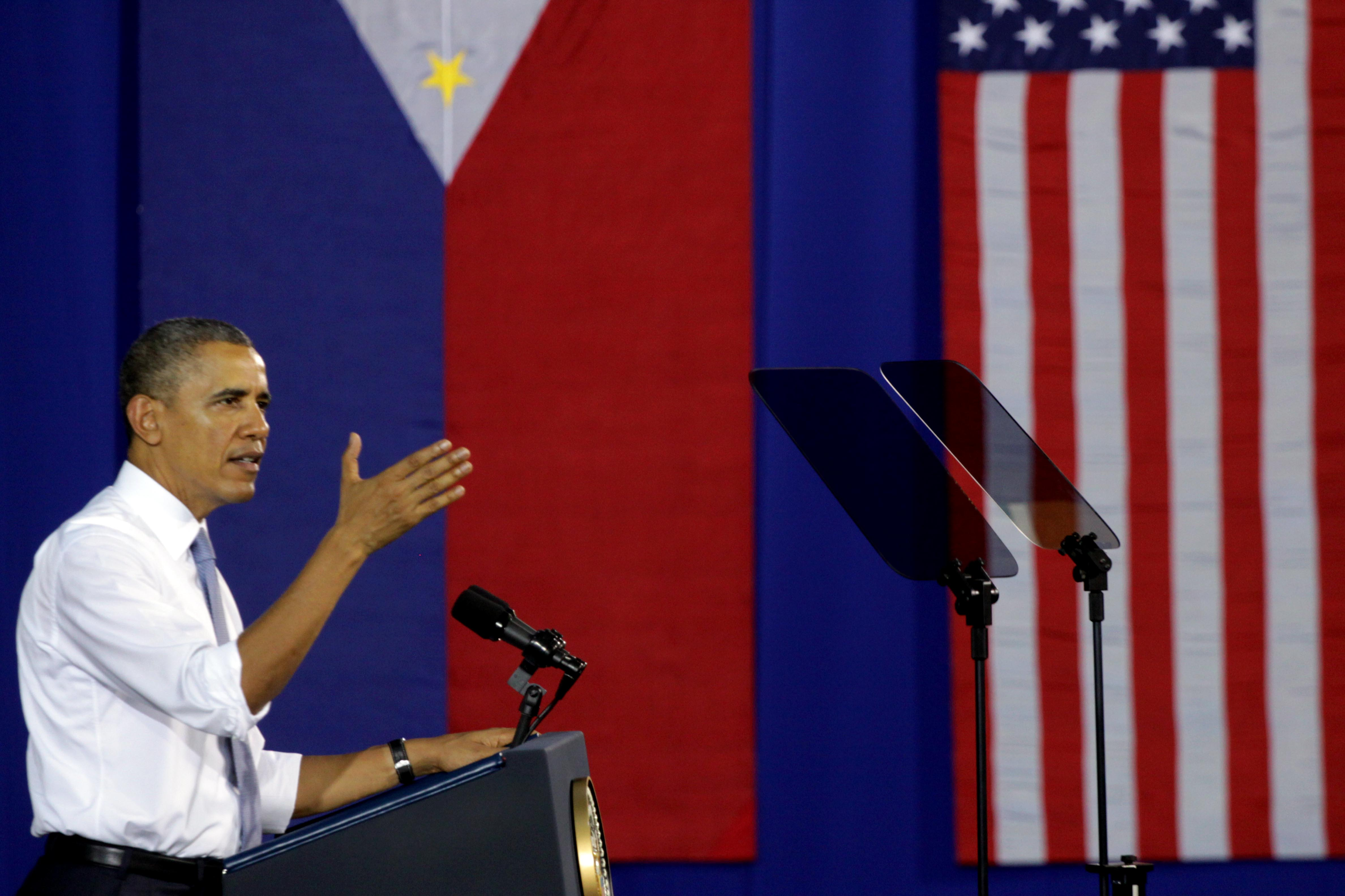 U.S. President Barack Obama speaks to Filipino and American troops at Fort Bonifacio in Manila on  April 29, 2014, pledging  ironclad  military support for the Philippines