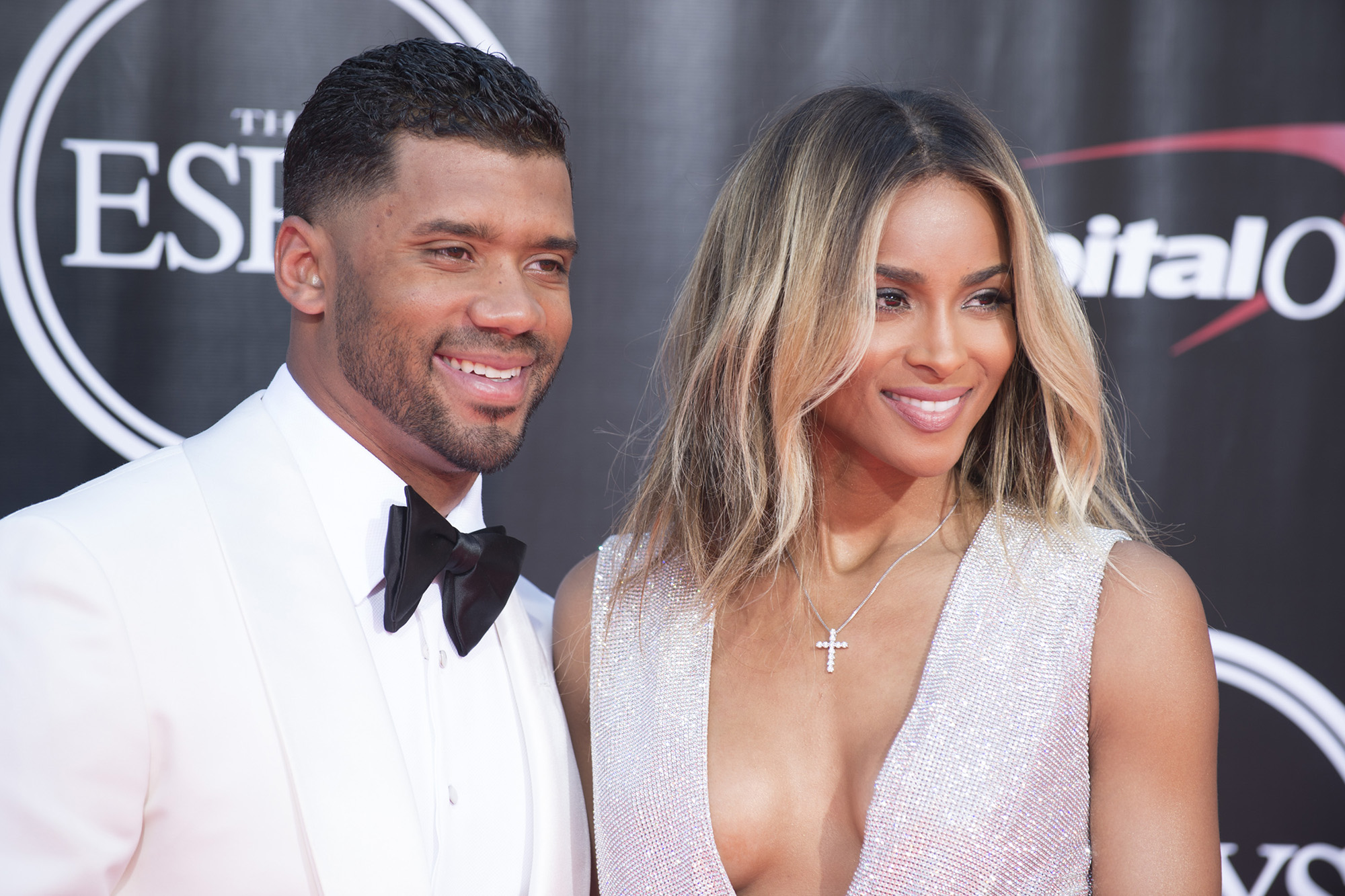 Russell Wilson and Ciara arrive at the 2016 ESPYs (Photo by Image Group LA/ABC via Getty Images)                   RUSSELL WILSON, CIARA