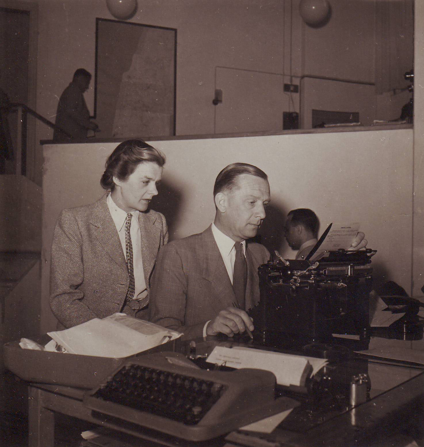 Clare Hollingworth and fiancee, later husband, Geoffrey Hoare at the press center in Palestine, prior to foundation of state of Israel, late 1940s
