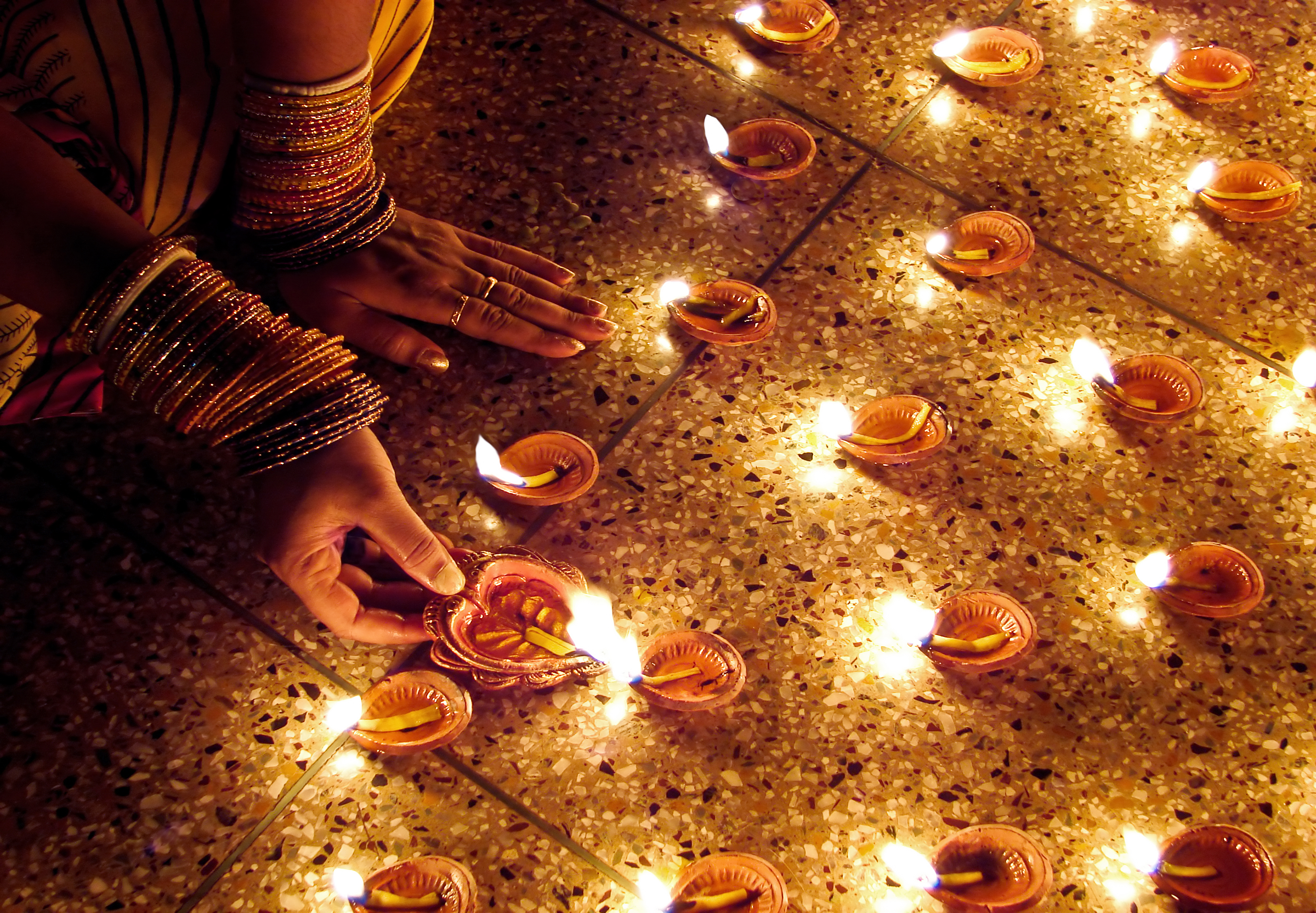 Diwali 2016 What To Know About Diwali Festival Of Lights Time These diwali photos can be downloaded free of cost from astrosage. 2