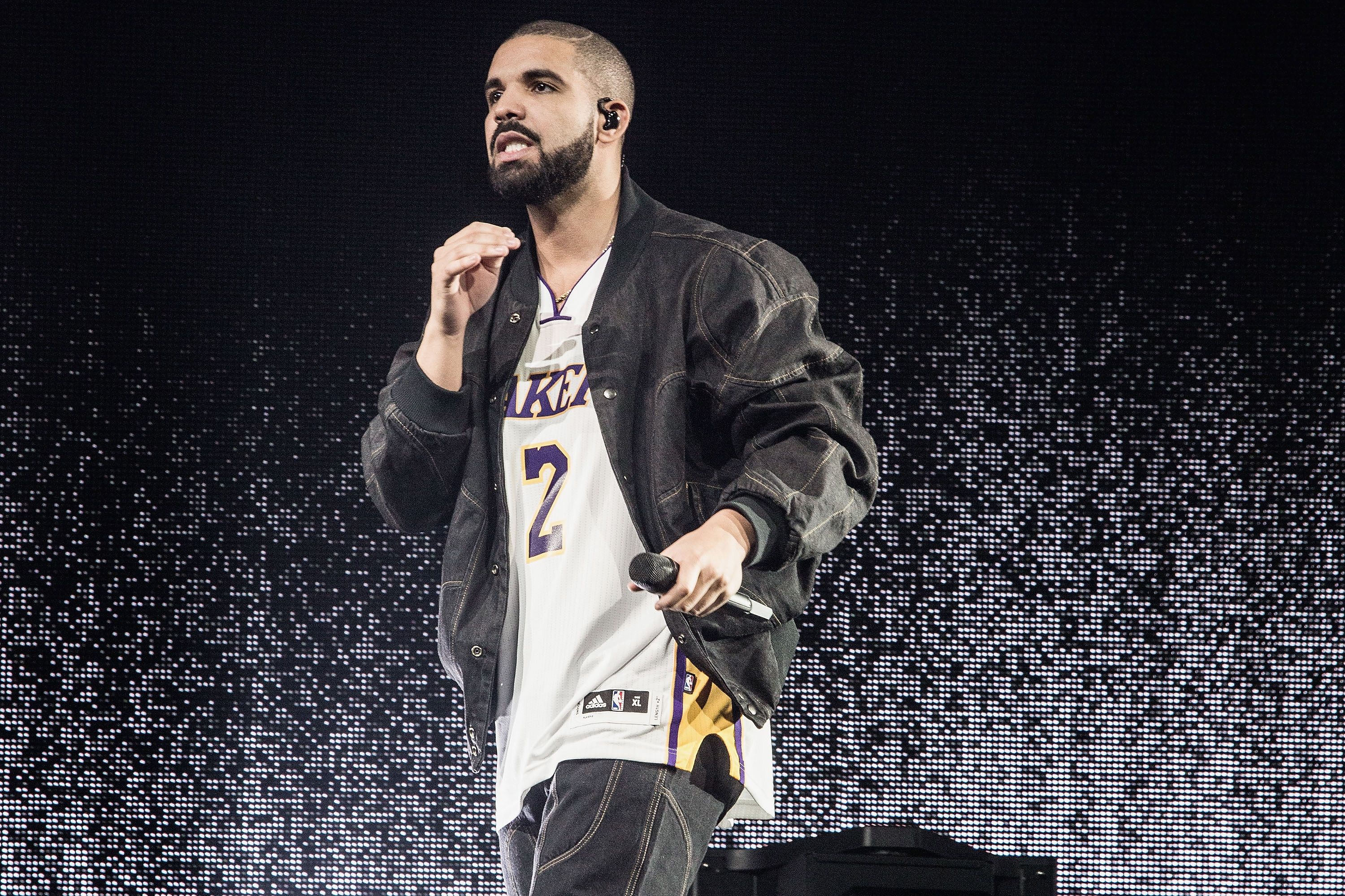 Drake performs at The Forum on September 27, 2016 in Inglewood, California.