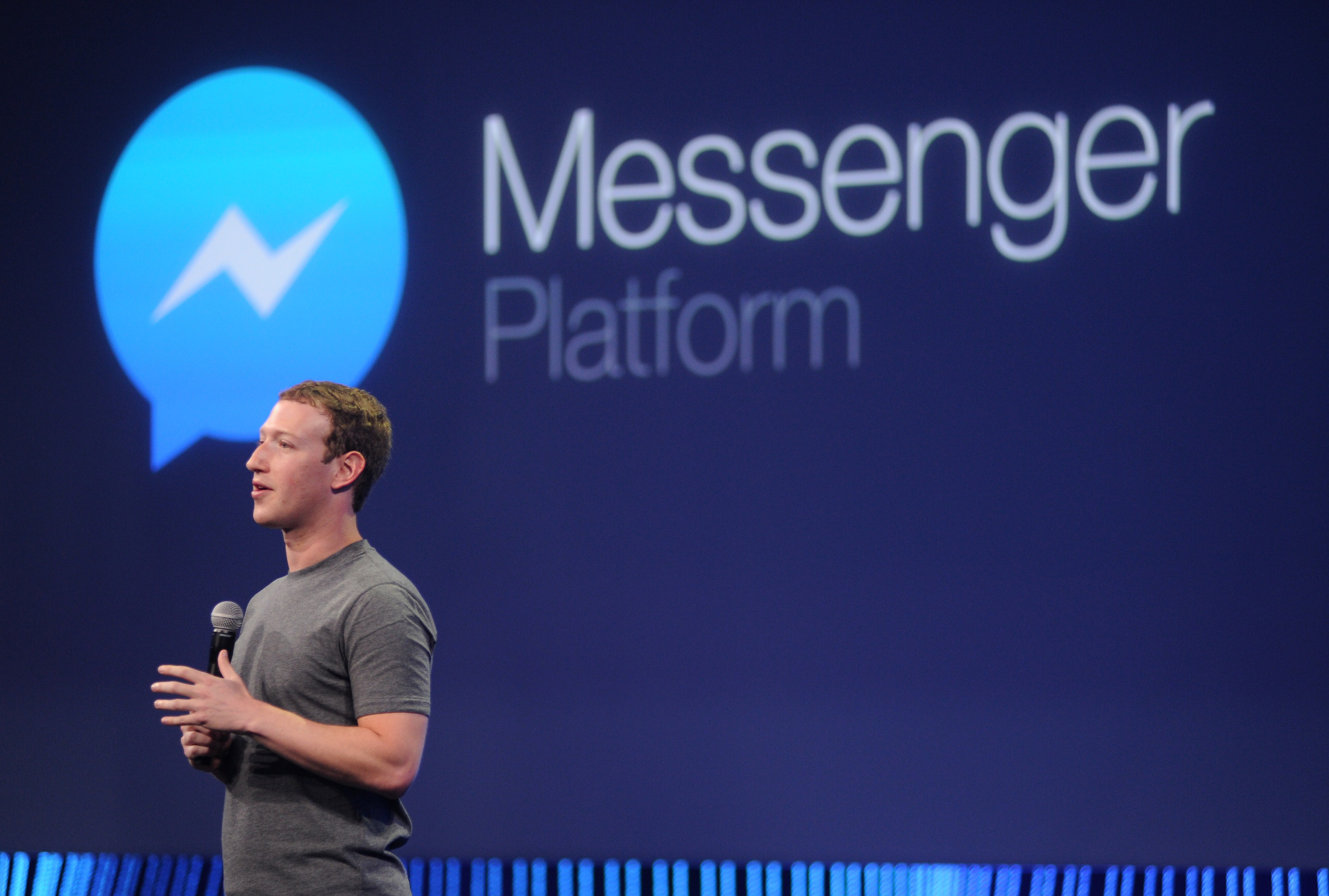 Facebook CEO Mark Zuckerberg introduces a new messenger platform at the F8 summit in San Francisco, California, on March 25, 2015. AFP PHOTO/JOSH EDELSON        (Photo credit should read Josh Edelson/AFP/Getty Images)