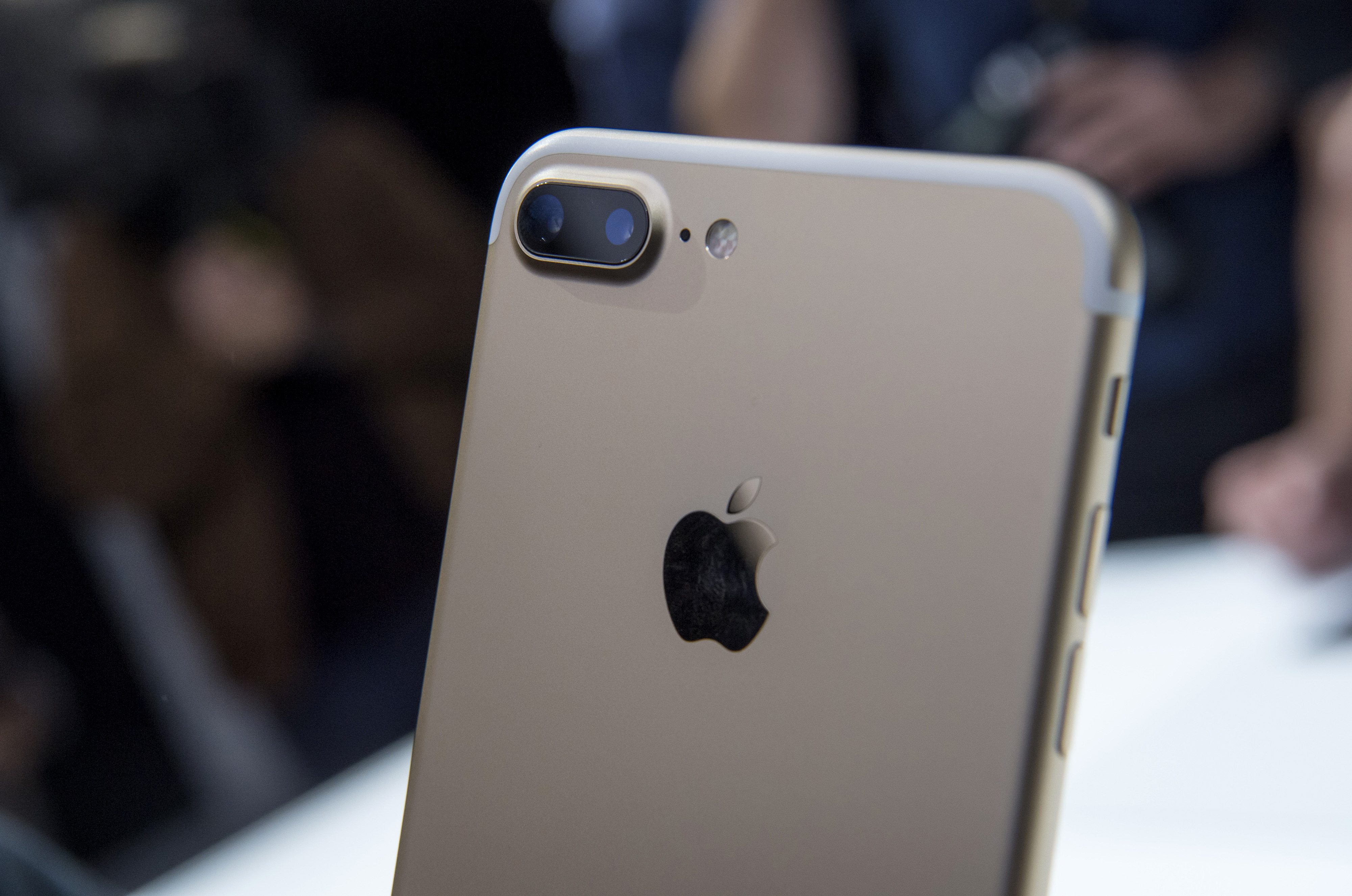 The dual cameras are seen on a Apple Inc., iPhone 7 Plus during an event in San Francisco, California, U.S., on Wednesday, Sept. 7, 2016.