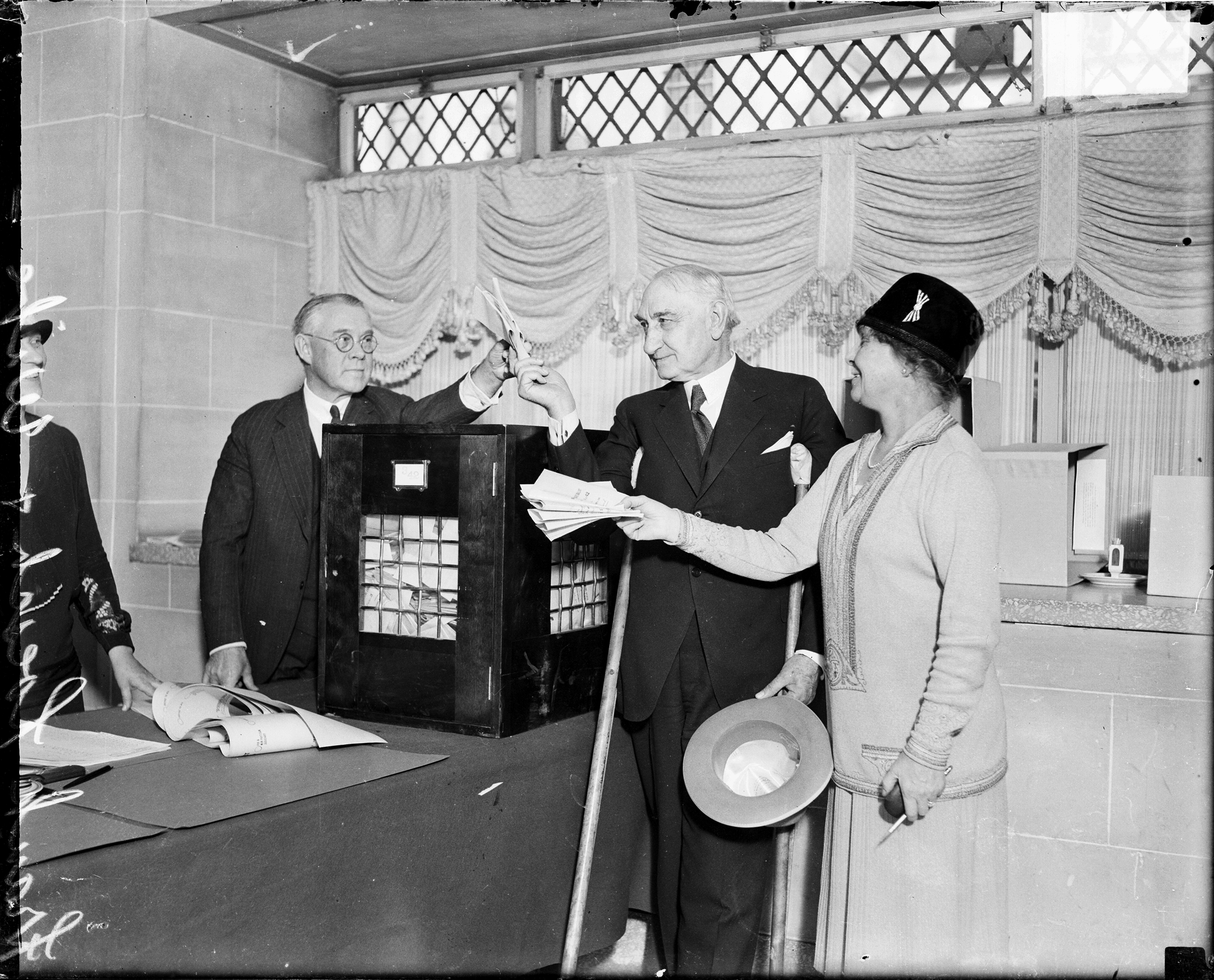 Mr. and Mrs. Frank J. Loesch voting at a voting poll in Chicago, in 1928.