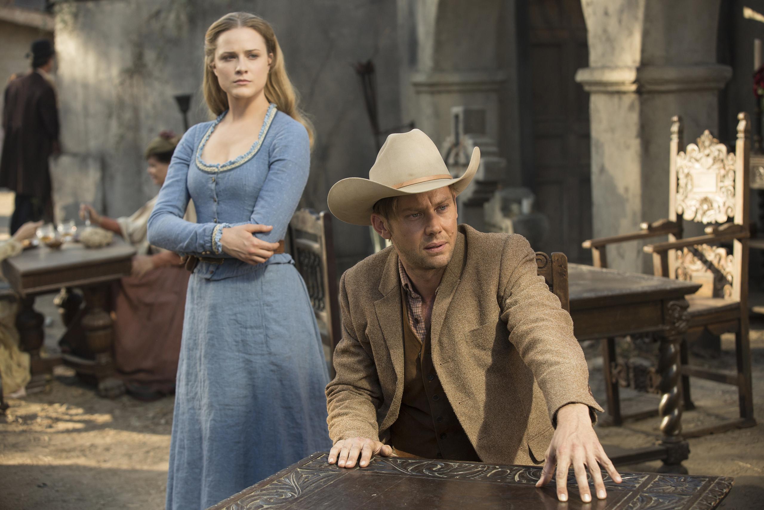 Evan Rachel Wood and Jimmi Simpson in Westworld