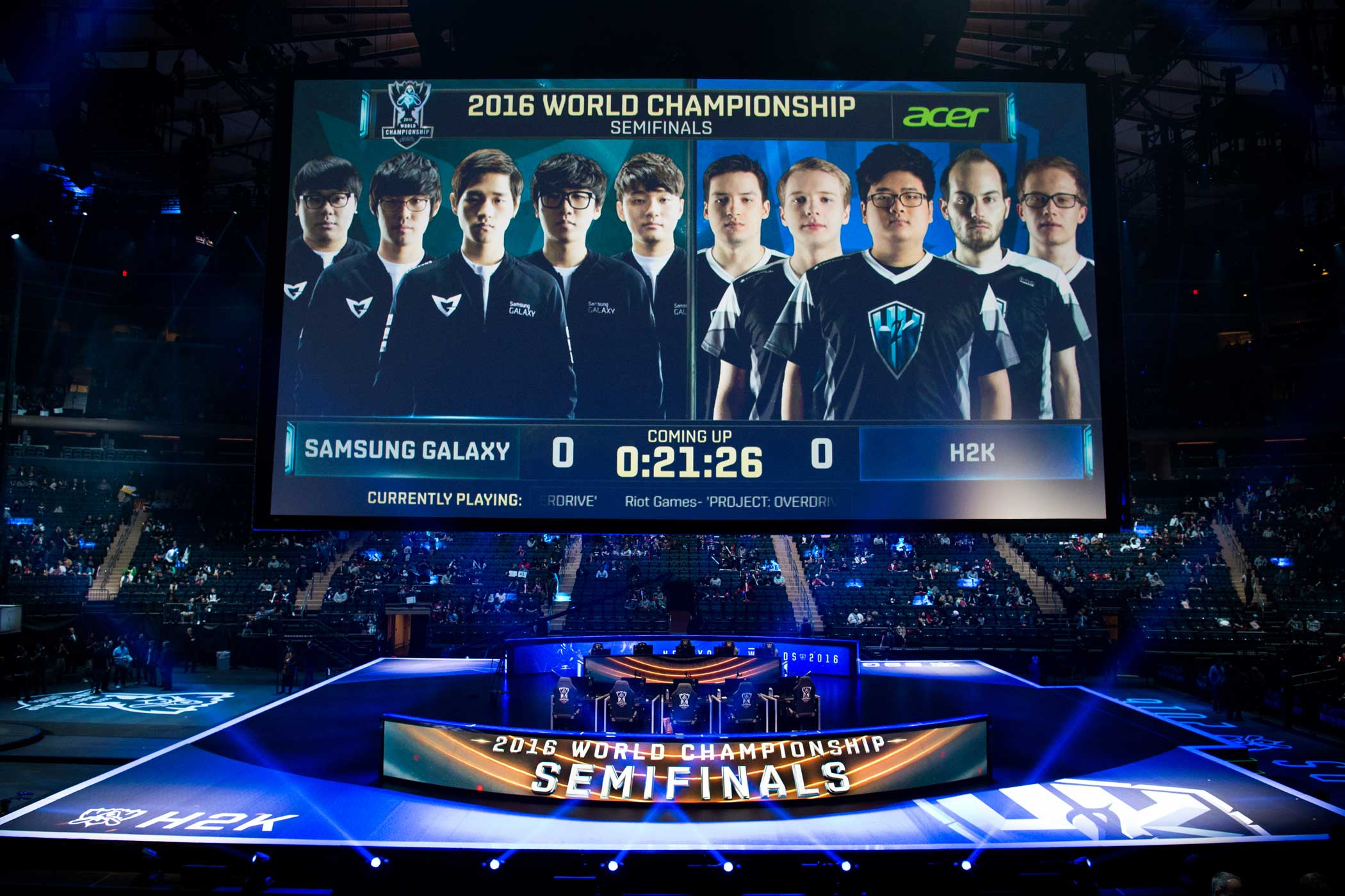 A clock counts down to the start H2K's match against the South Korean team Samsung Galaxy.