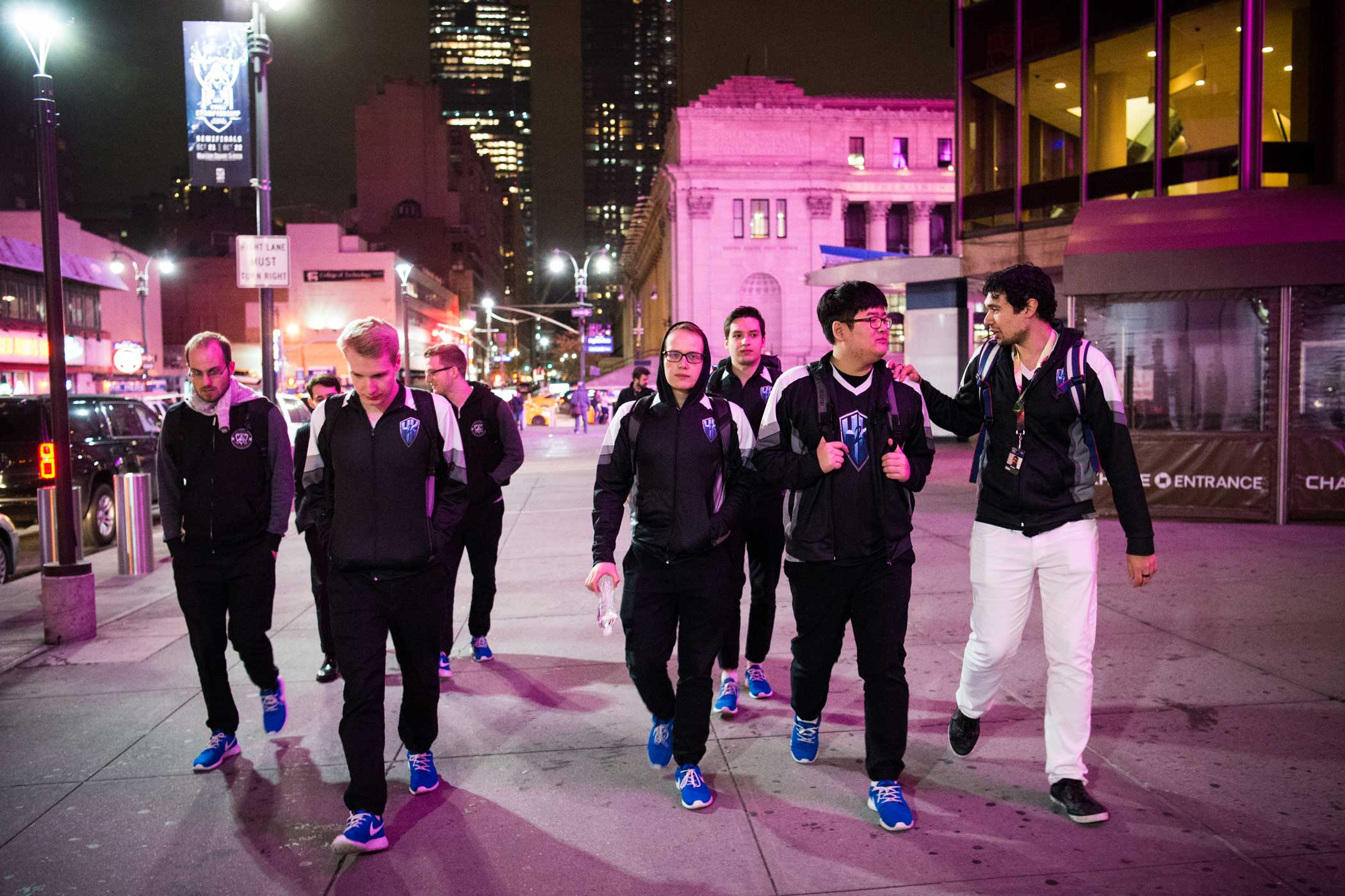 H2k leaves Madison Square Garden after their loss to Samsung Galaxy.